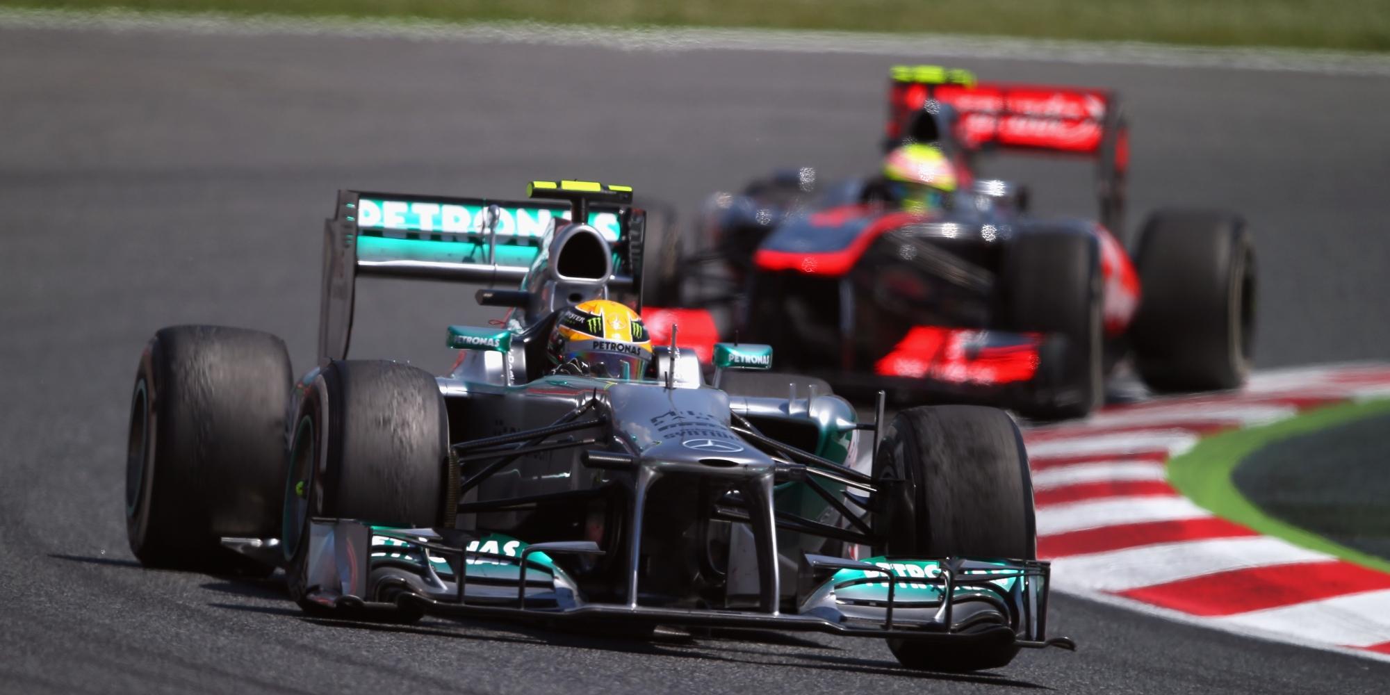 Lewis Hamilton, Sergio Perez, 2013 Spanish GP
