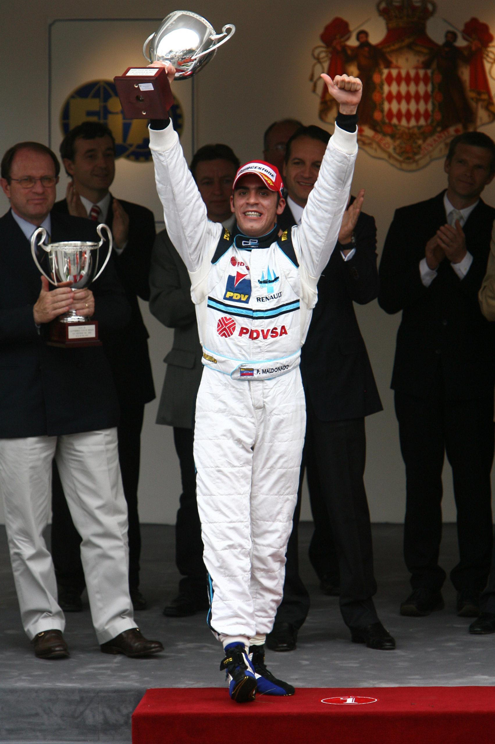 Pastor-Maldonado-celebrates-winning-the-2007-GP2-Monaco-race