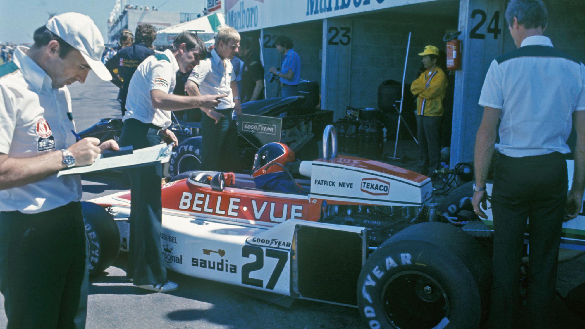 Williams, Patrick Neve, 1977
