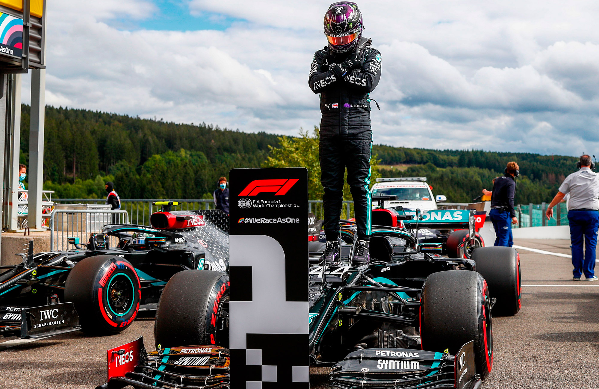 Lewis Hamilton pays tribute to Chadwick Boseman after qualifying on pole for the 2020 f1 Belgian Grand Prix at Spa Francorchamps