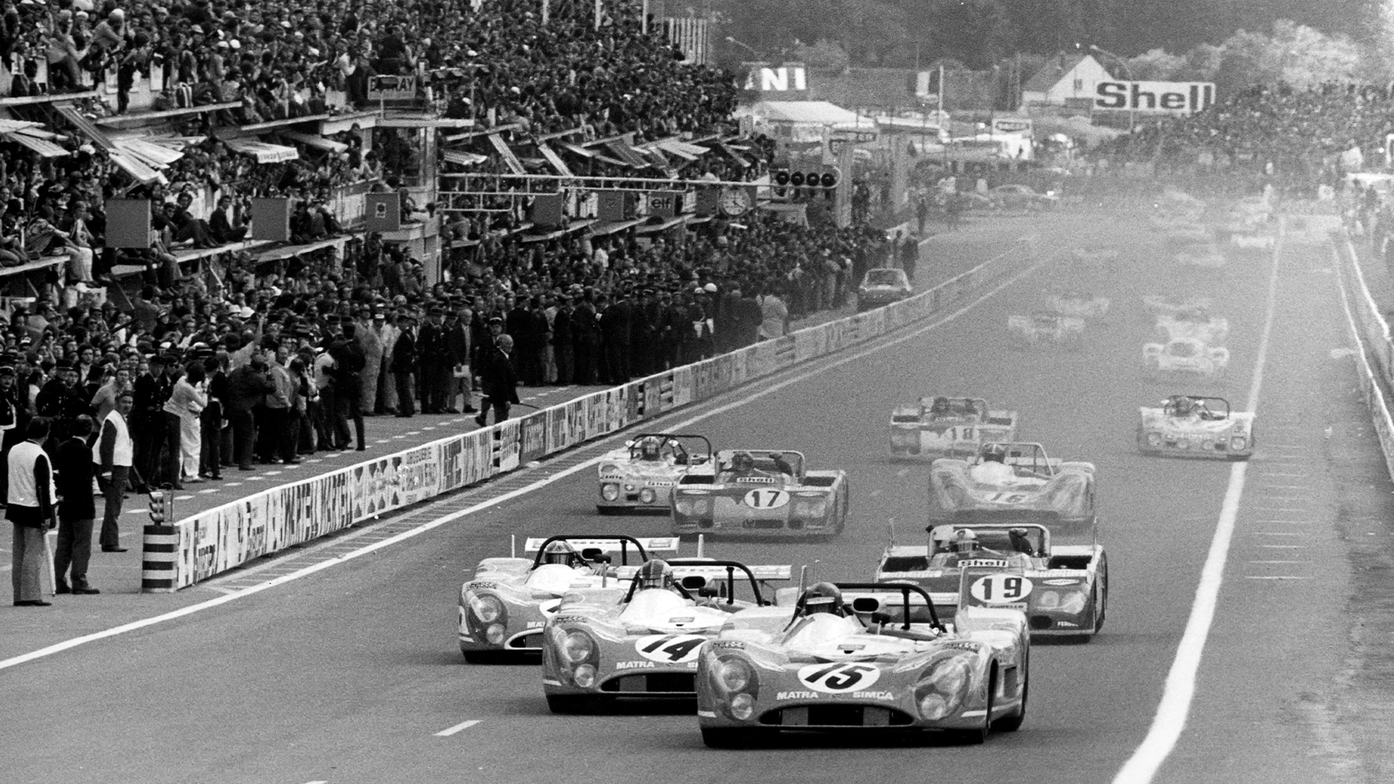 Henri Pescarolo leads in the 1972 Le Mans 24 hours behind the wheel of the Matra-Simca MS 670