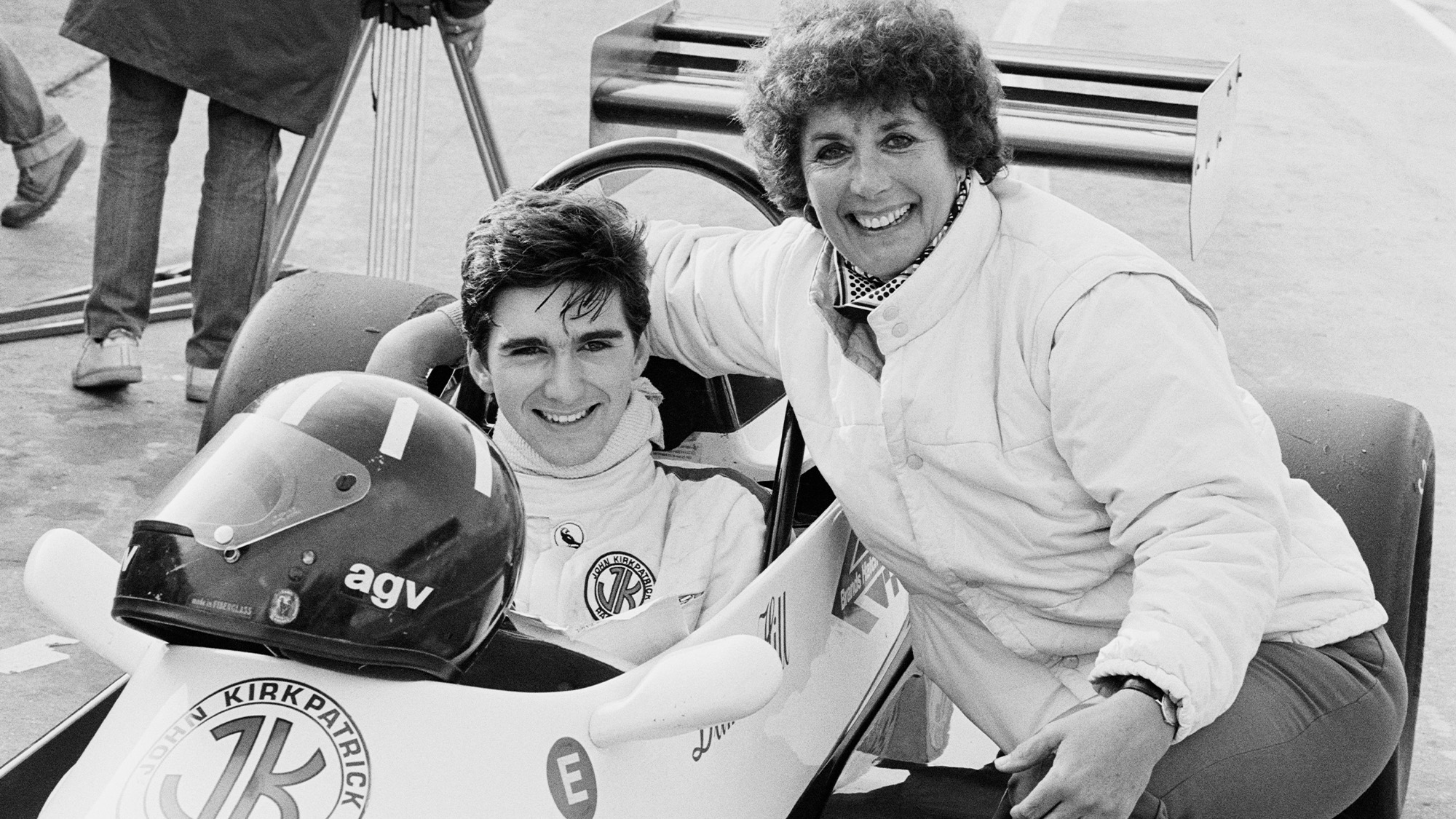 Damon Hill with his mither Bette Hill in the 1983 Formula Ford 2000 Winter series