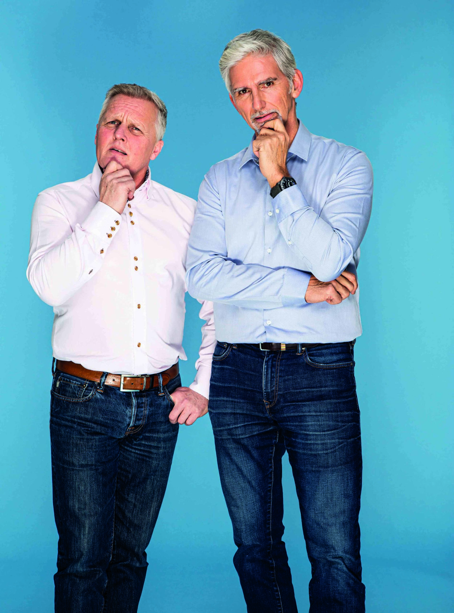 Johnny-Herbert-and-Damon-Hill-in-questioning-poses-in-a-publicity-shot-scaled