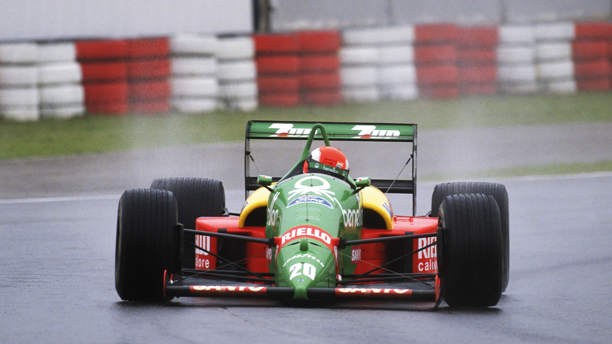 Johnny Herbert in his debut 1989 F1 year driving for Benetton