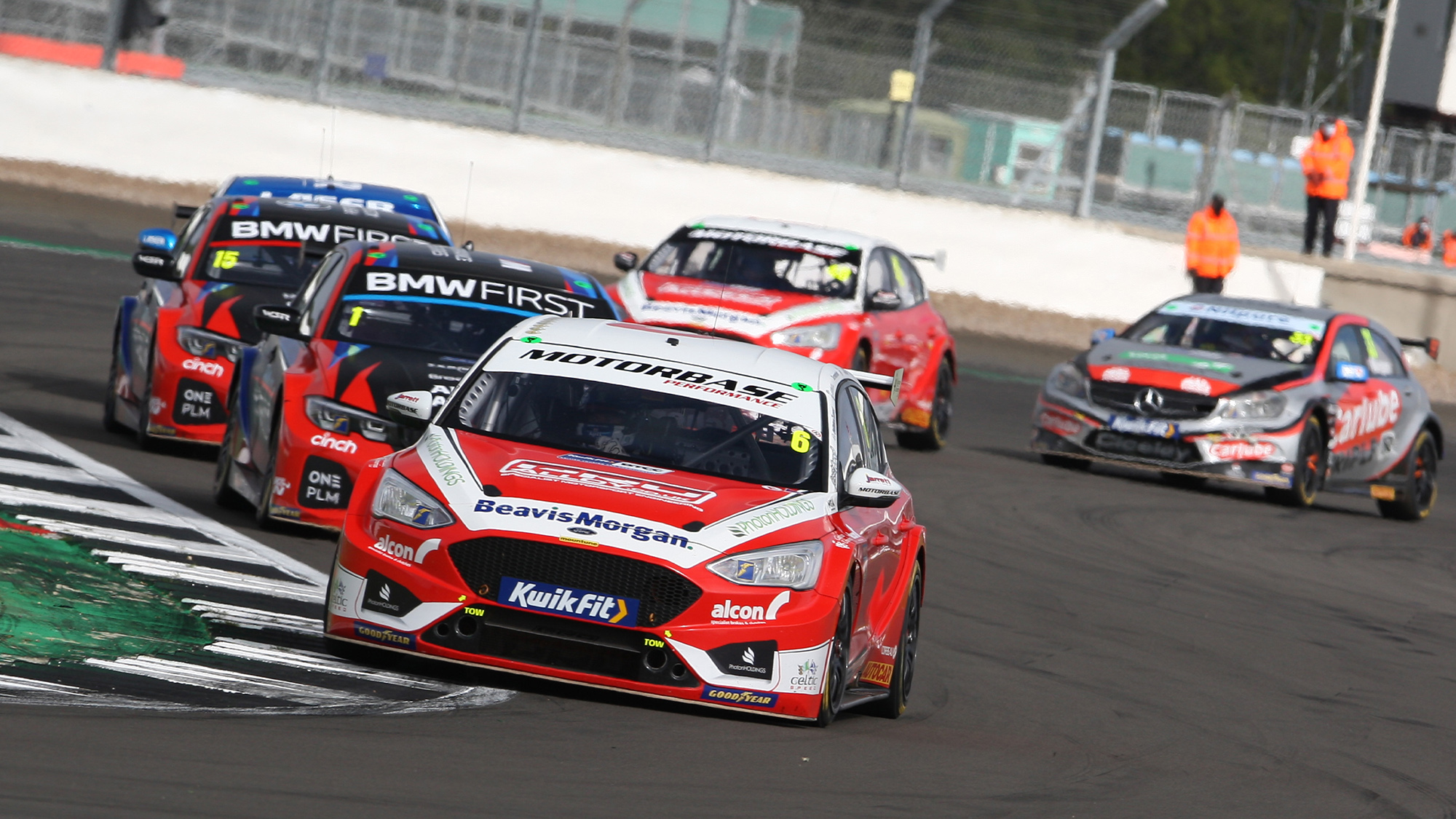 Rory Butcher ahead of Colin Turkington and Tom Oliphant at Silverstone in the 2020 BTCC Championship