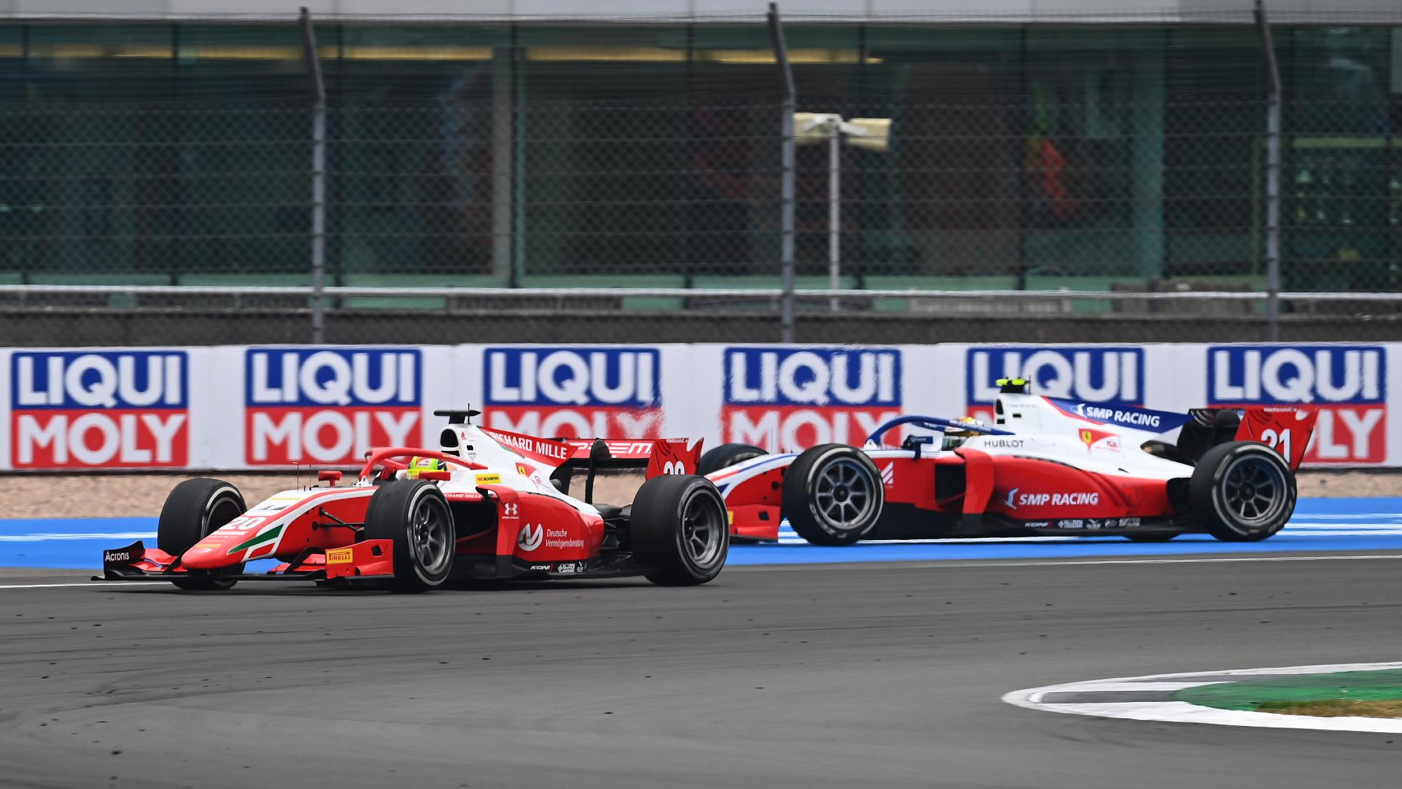 Mick Schumacher, Robert Shwartzman, 2020 F2 Silverstone Sprint Race