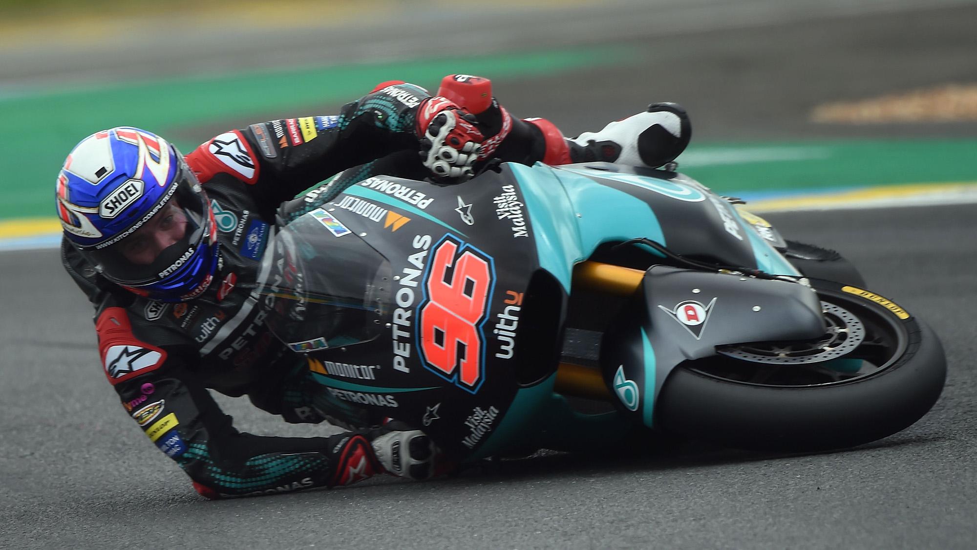 Jake Dixon falls during the 2020 Moto2 Le Mans race