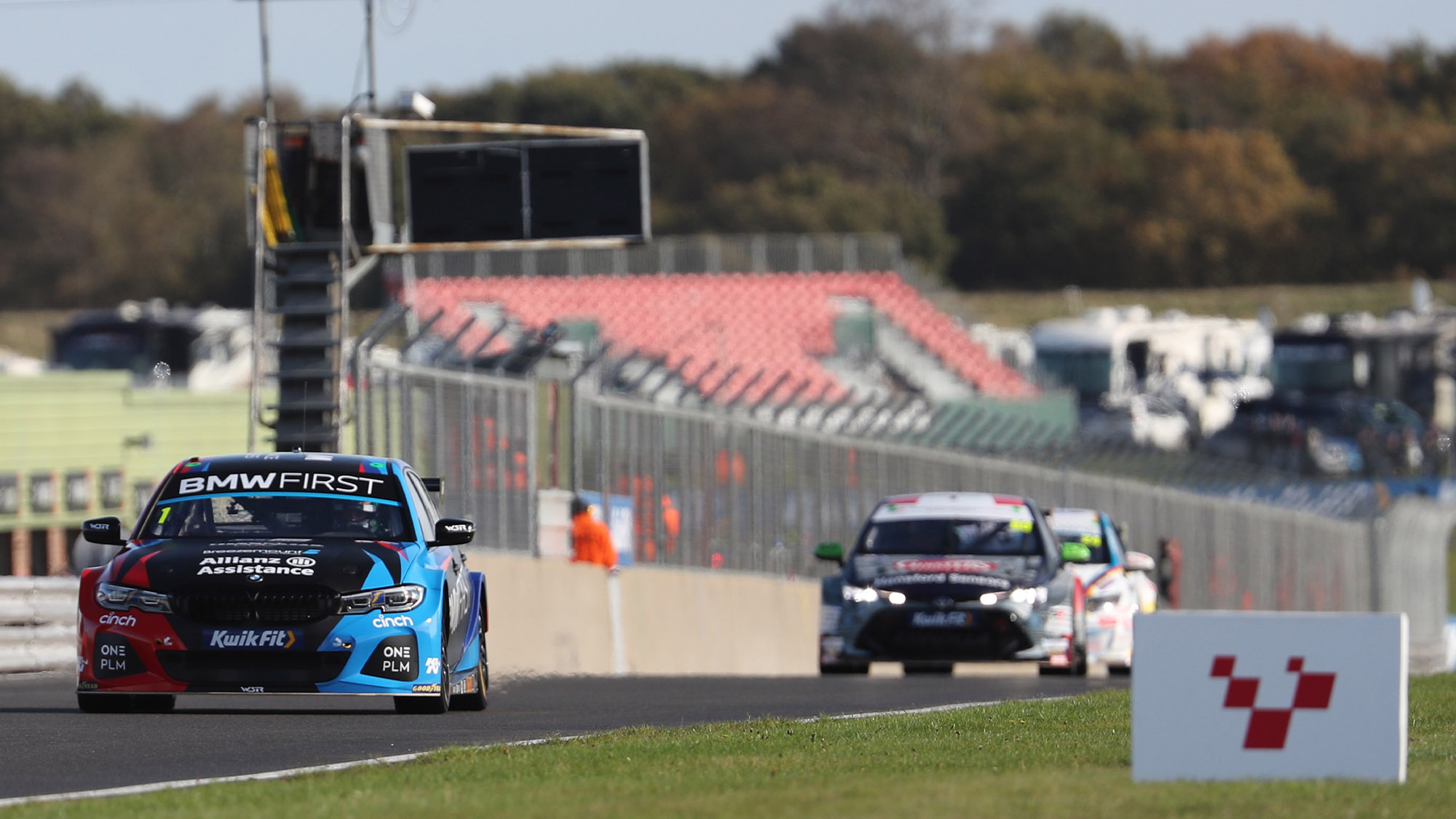 Colin Turkington leads Tom Ingram and Jake Hill at Snetterton in the 2020 BTCC round