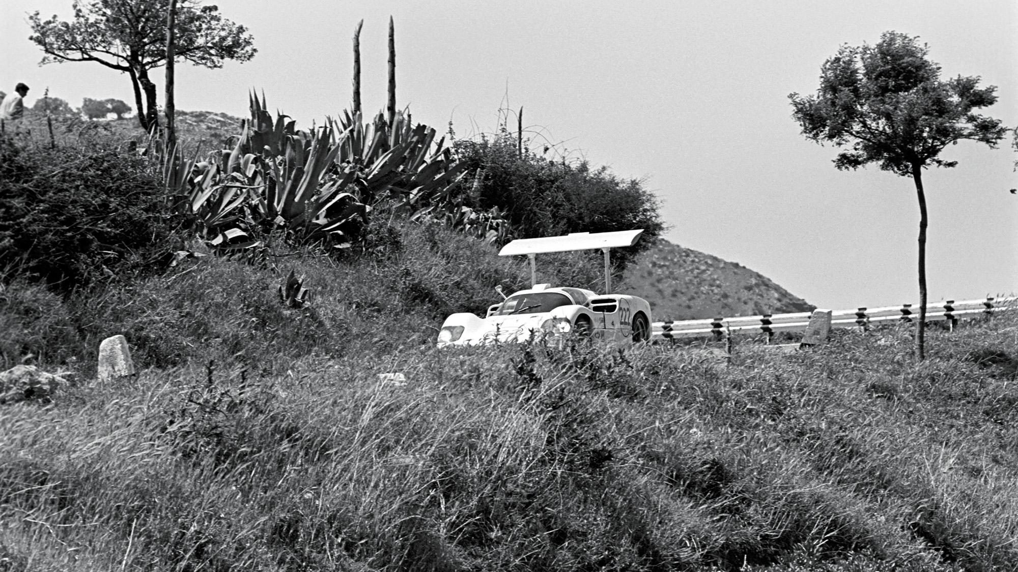 Chaparral 2F on the Targa Florio route