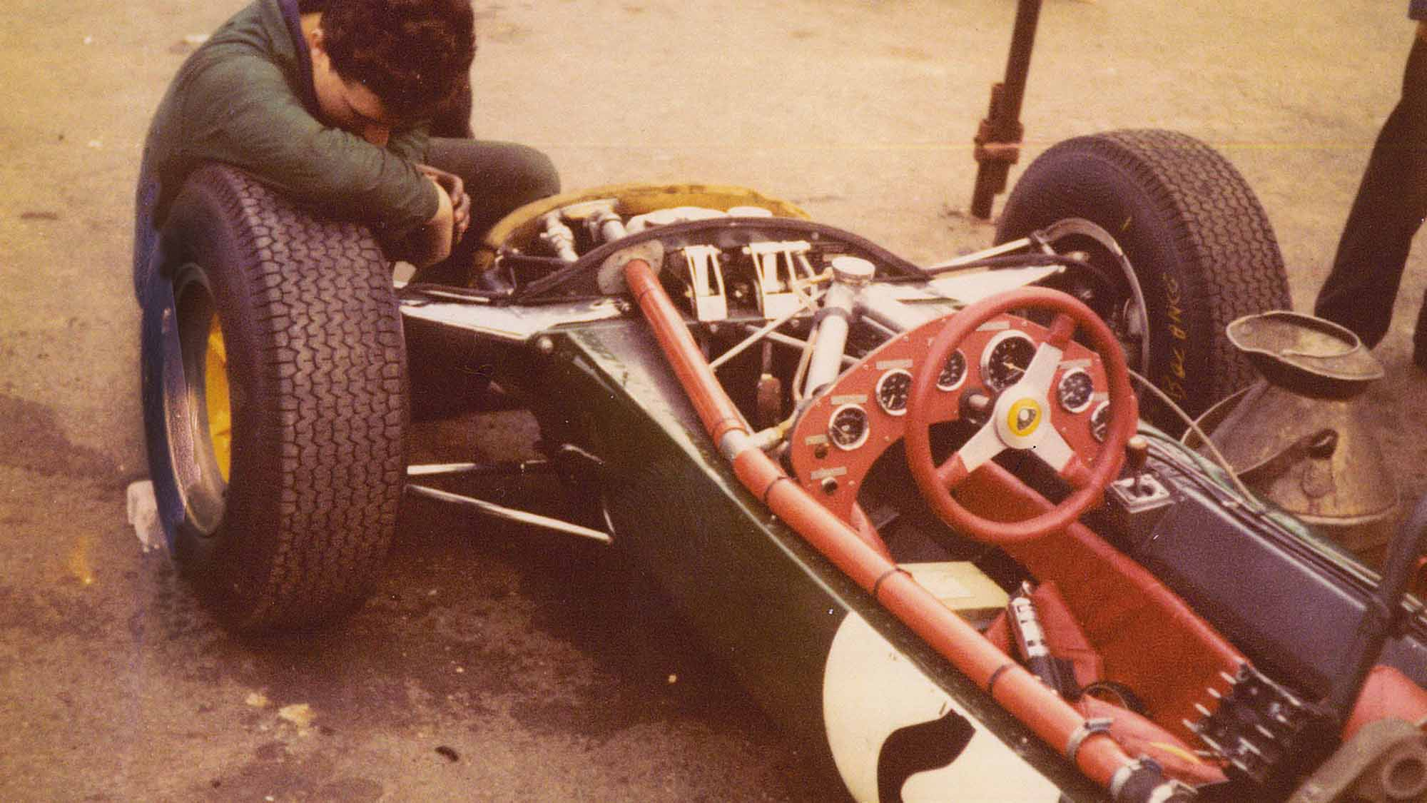 Lotus 25 at the 1964 BRDC International Trophy