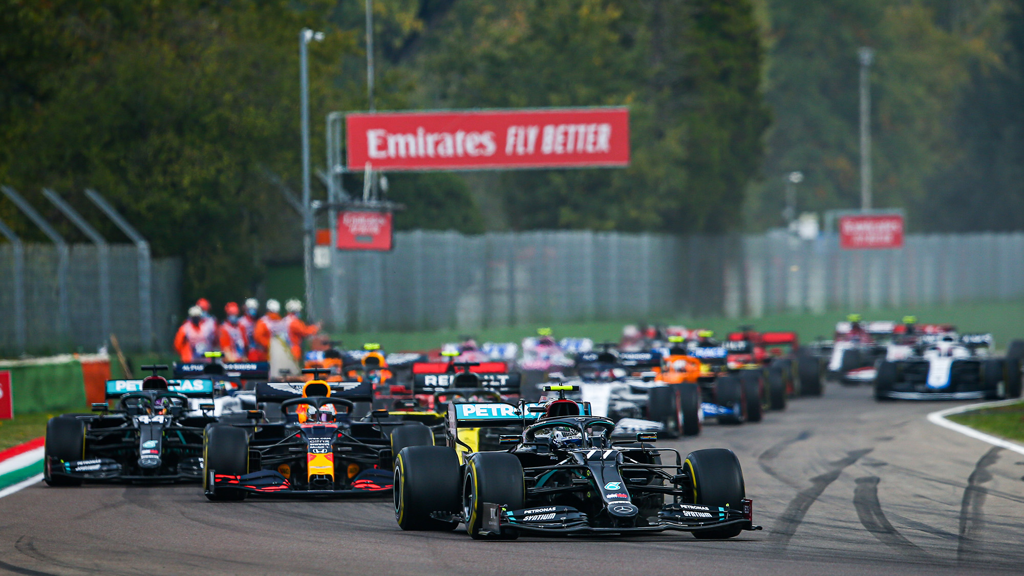 Valtteri Bottas leads at the start of the 2020 F1 Emilia Romagna Grand Prix at Imola
