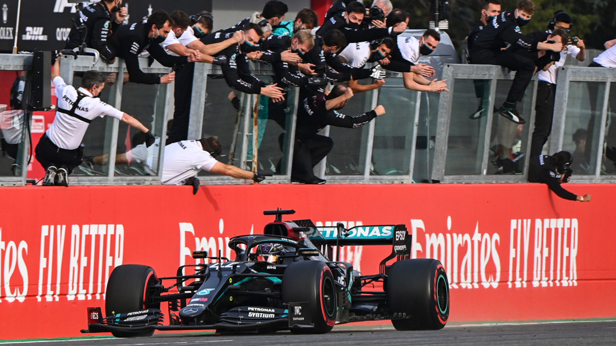 Lewis Hamilton crosses the line at Imola to win the 2020 F1 Emilia Romagna Grand Prix and clinmch the constructors championship for Mercedes
