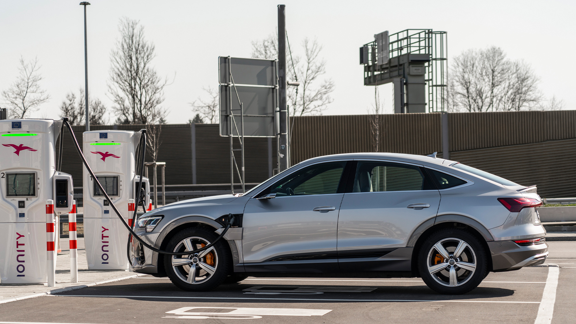 Audi etron GT charging