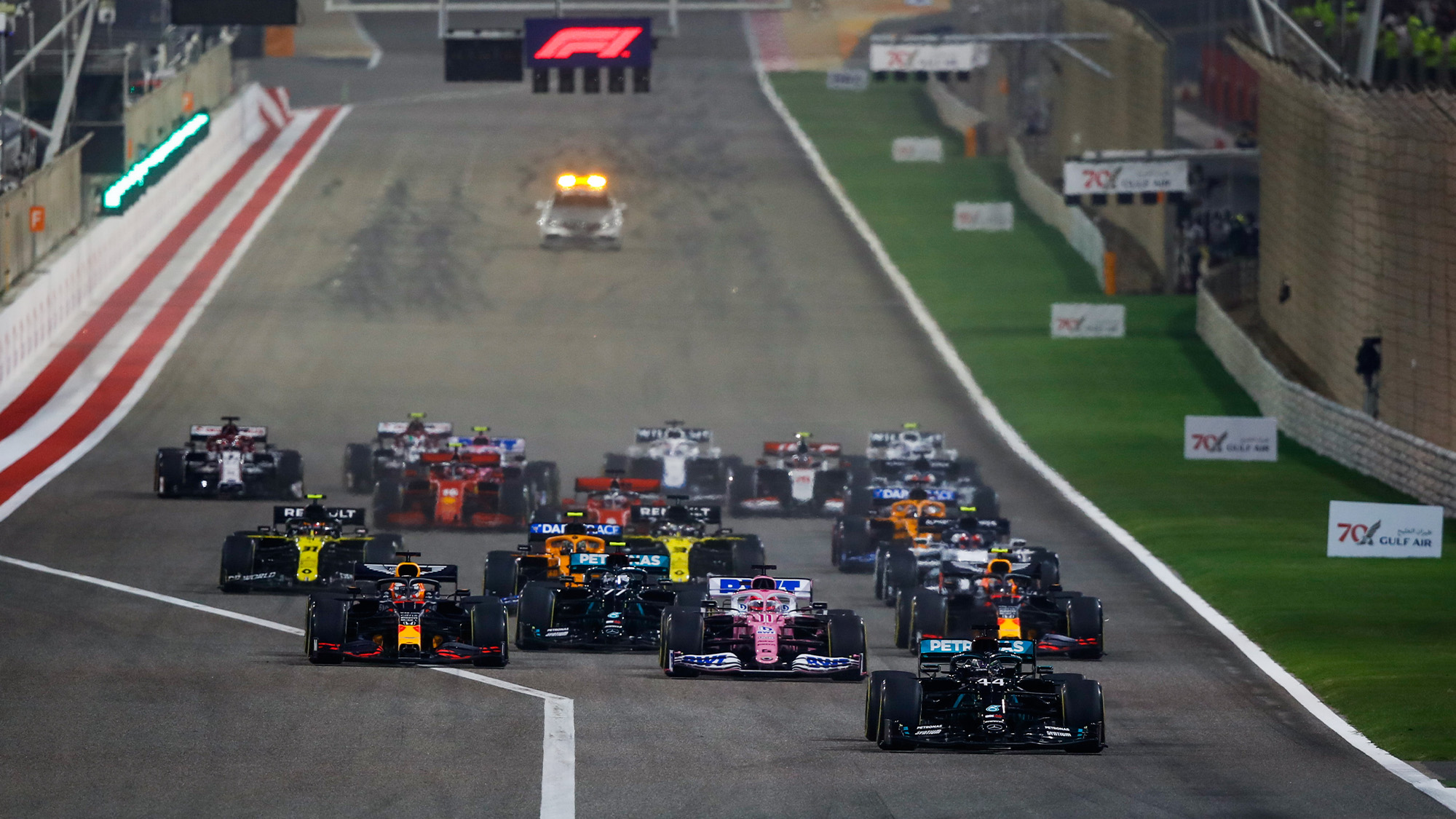 Lewis Hamilton leads at the restart of the 2020 F1 Bharain Grand Prix