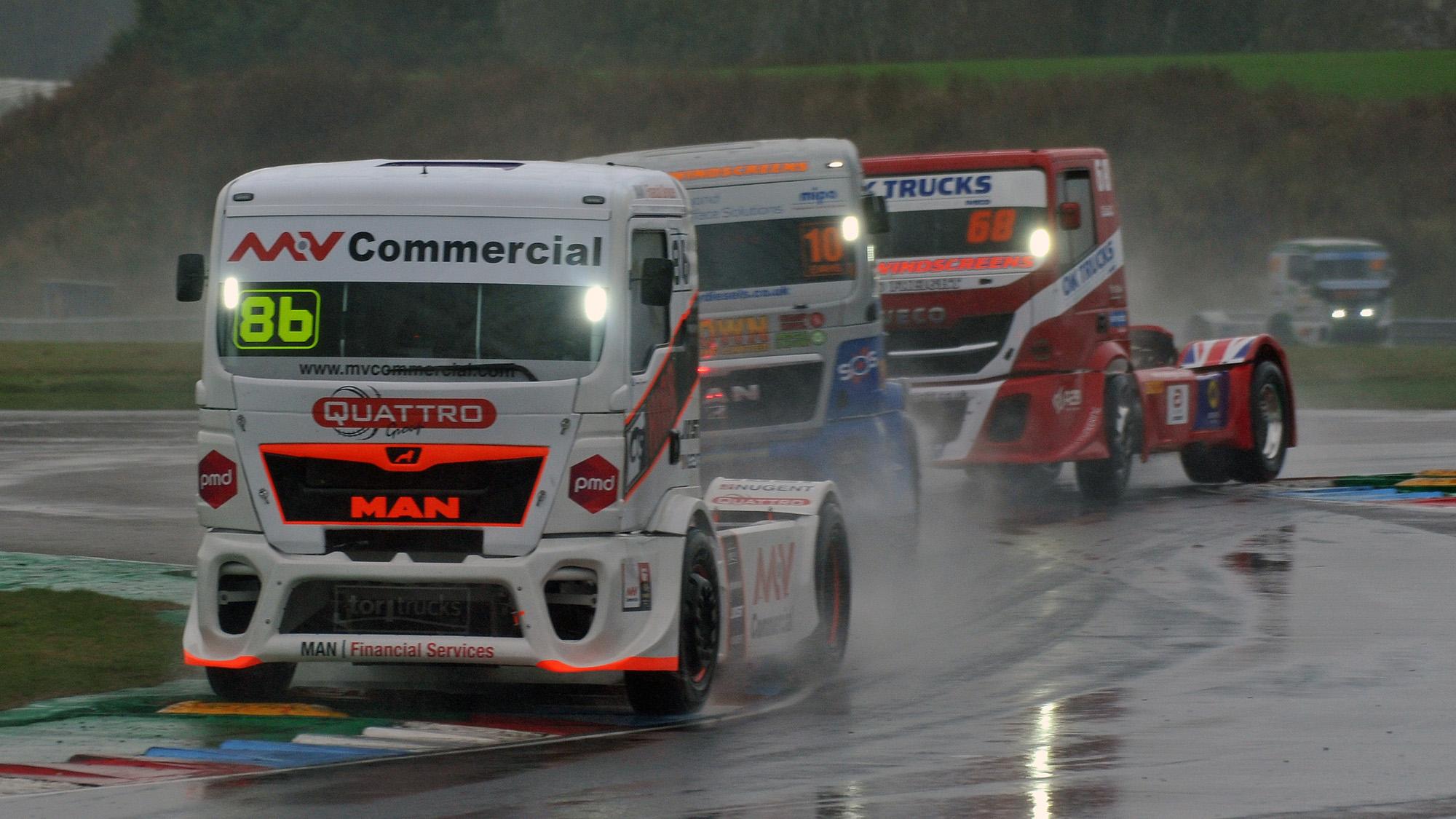 2020 truck racing at Thruxton