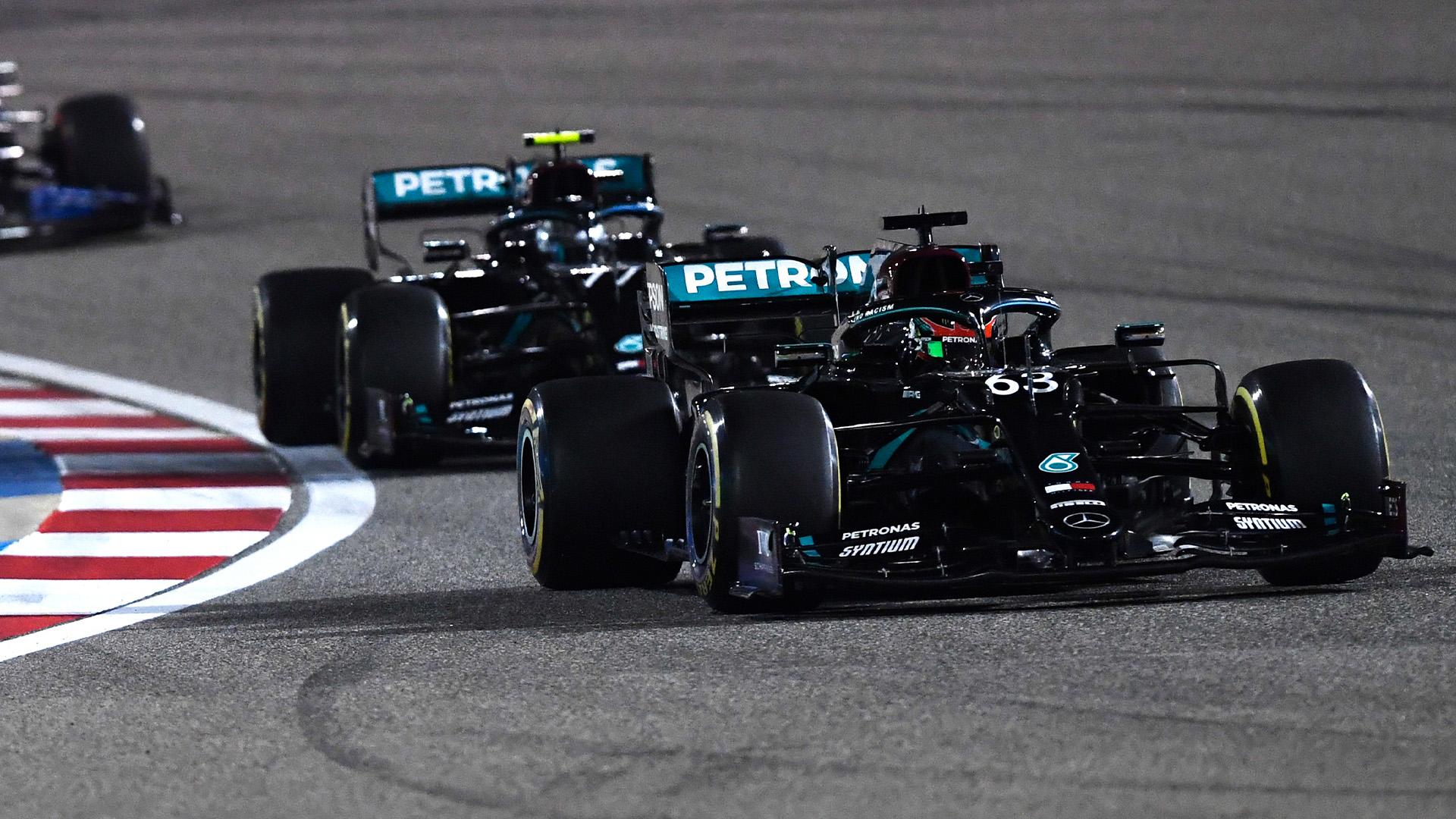 George Russell leads Valtteri Bottas in the 2020 Sakhir Grand Prix
