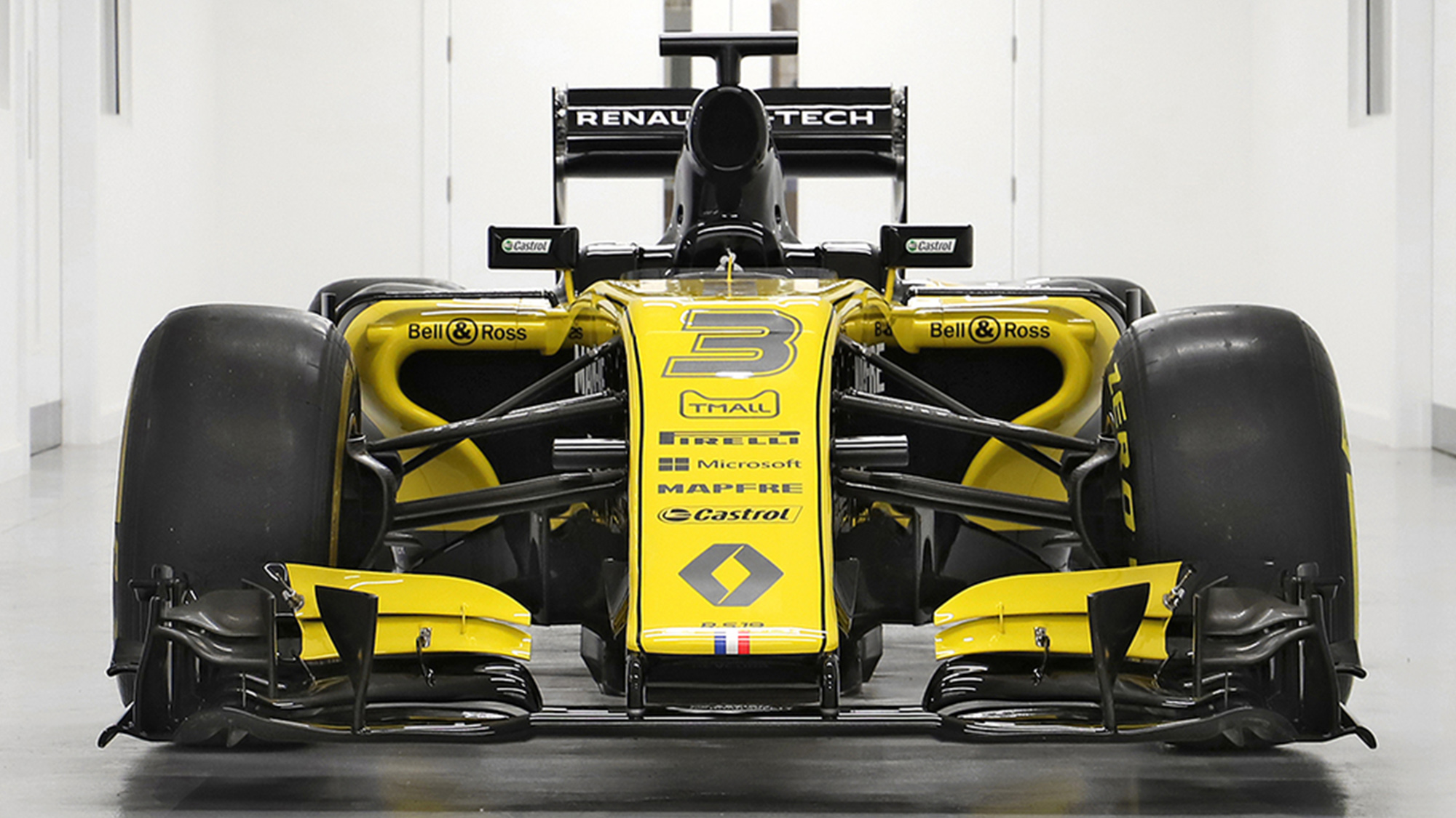 Rare chance to buy hybrid F1 car, as bidding opens on 2016 Renault
