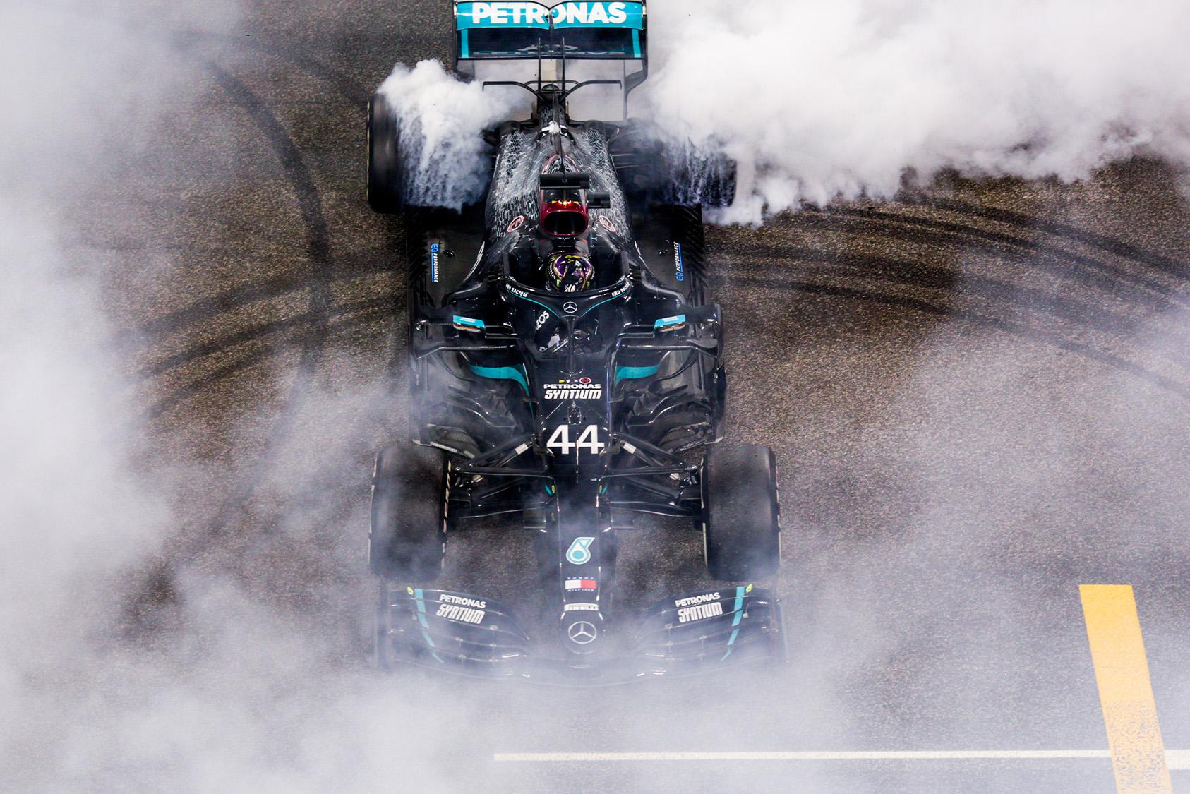Lewis Hamilton Abu Dhabi donuts