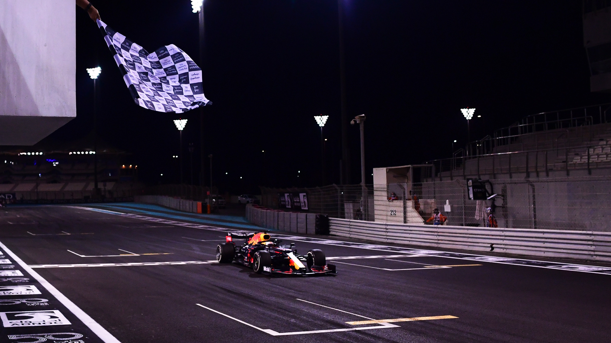 Alonso on track & Vettel's goodbye: what you missed from the Abu Dhabi GP
