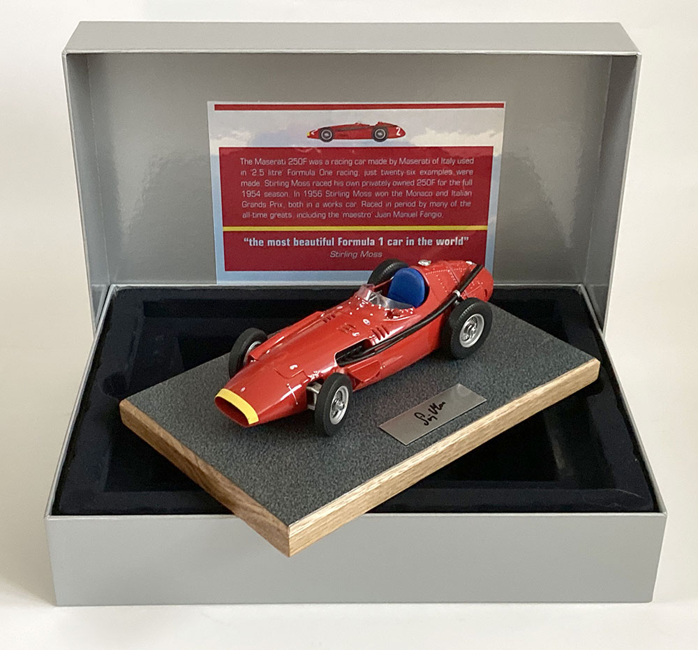 Product image for Maserati 250F | signed Stirling Moss | 1:18 Box Set