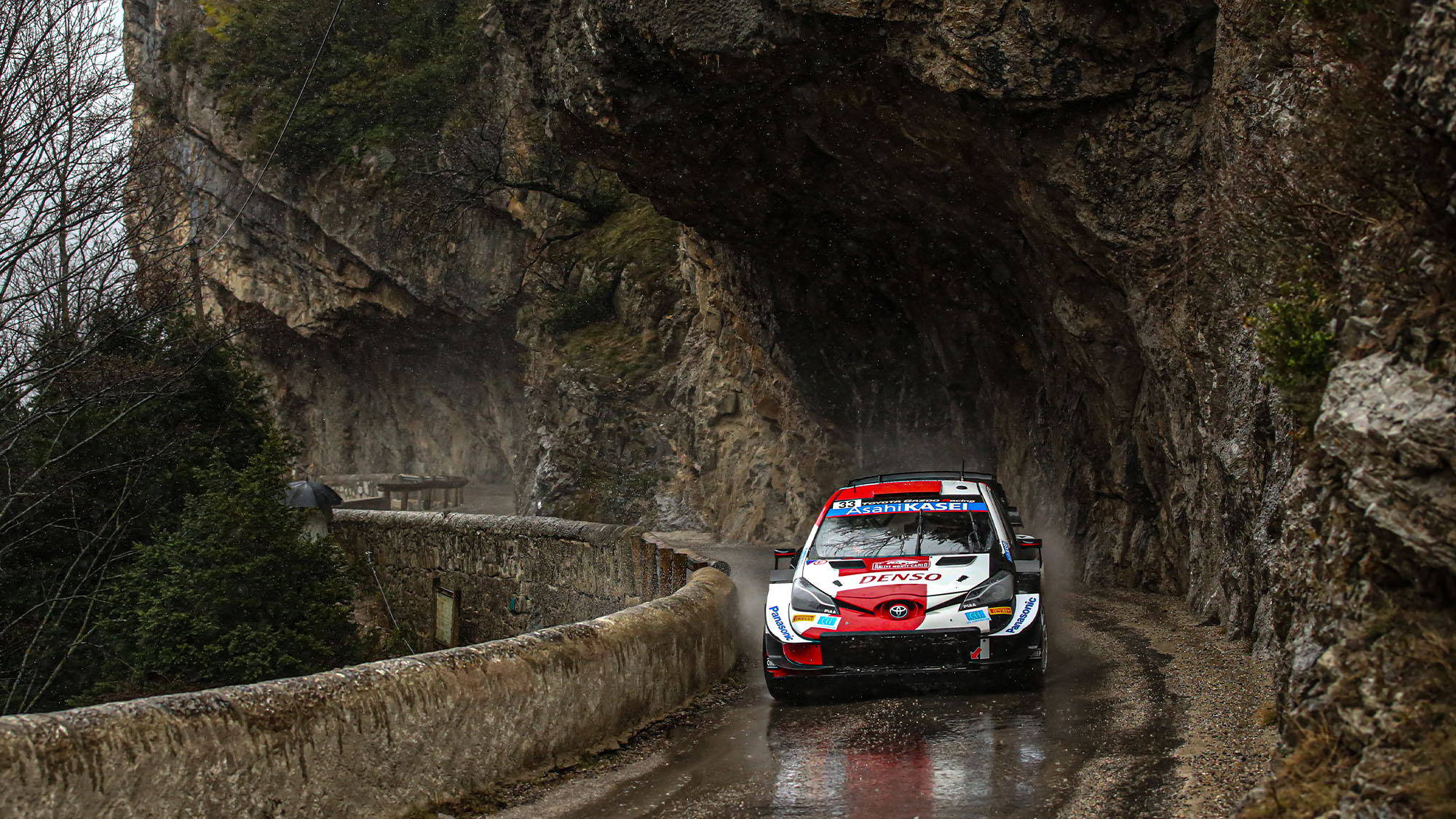 GAP, FRANCE - JANUARY 22: Elfyn Evans of Great Britain and Scott Martin of Great Britain compete with their Toyota Gazoo Racing WRT Toyota Yaris WRC during the FIA World Rally Championsip Monte Carlo Day Two on January 22, 2021 in Gap, France. (Photo by Massimo Bettiol/Getty Images)
