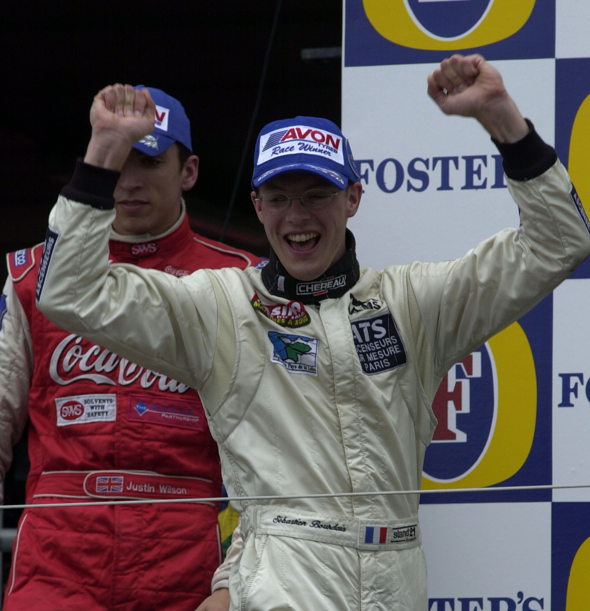 Sebastian-Bourdais-and-Justin-WIlson-after-the-2001-F3000-SIlverstone-race