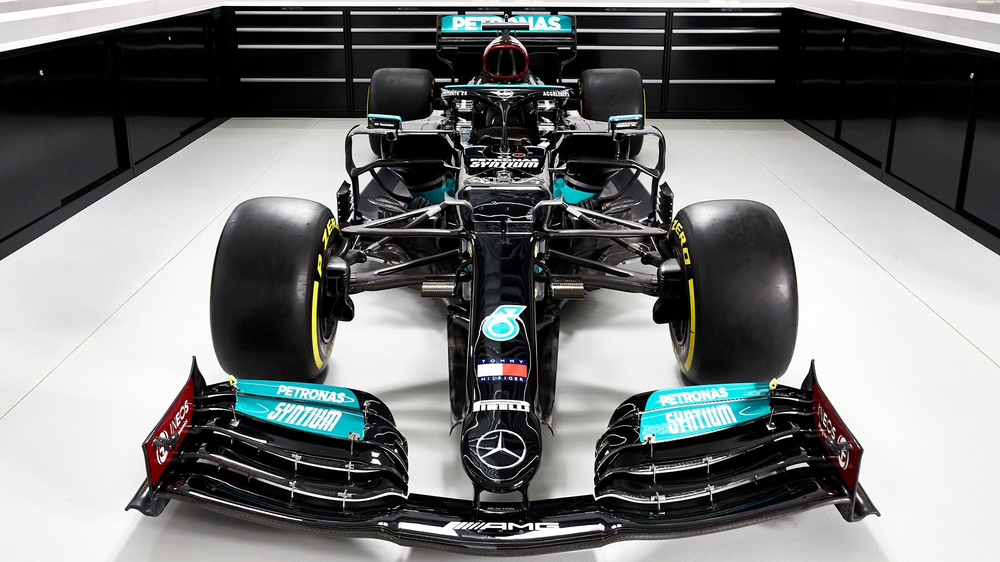 Mercedes W12 front