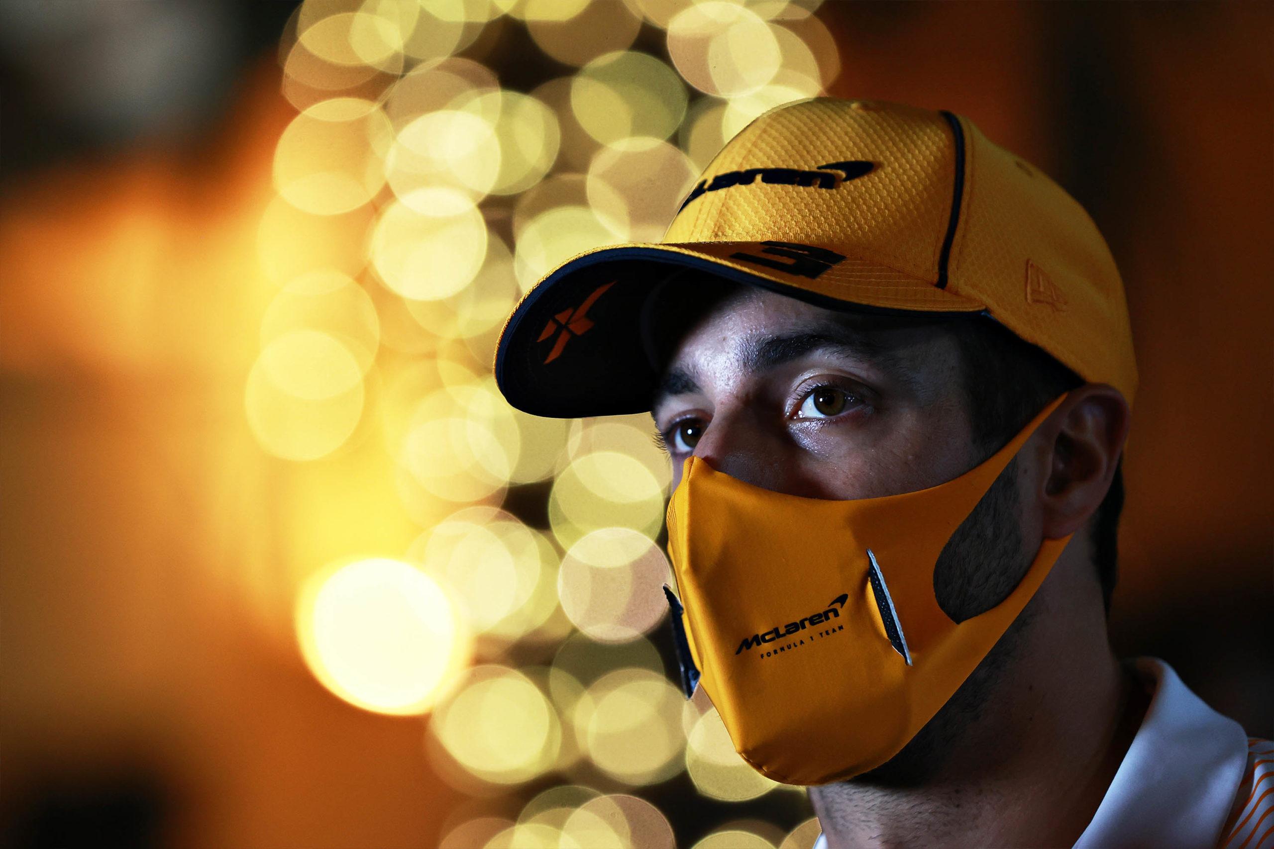 Daniel-Ricciardo-in-Bahrain-for-the-2021-GP