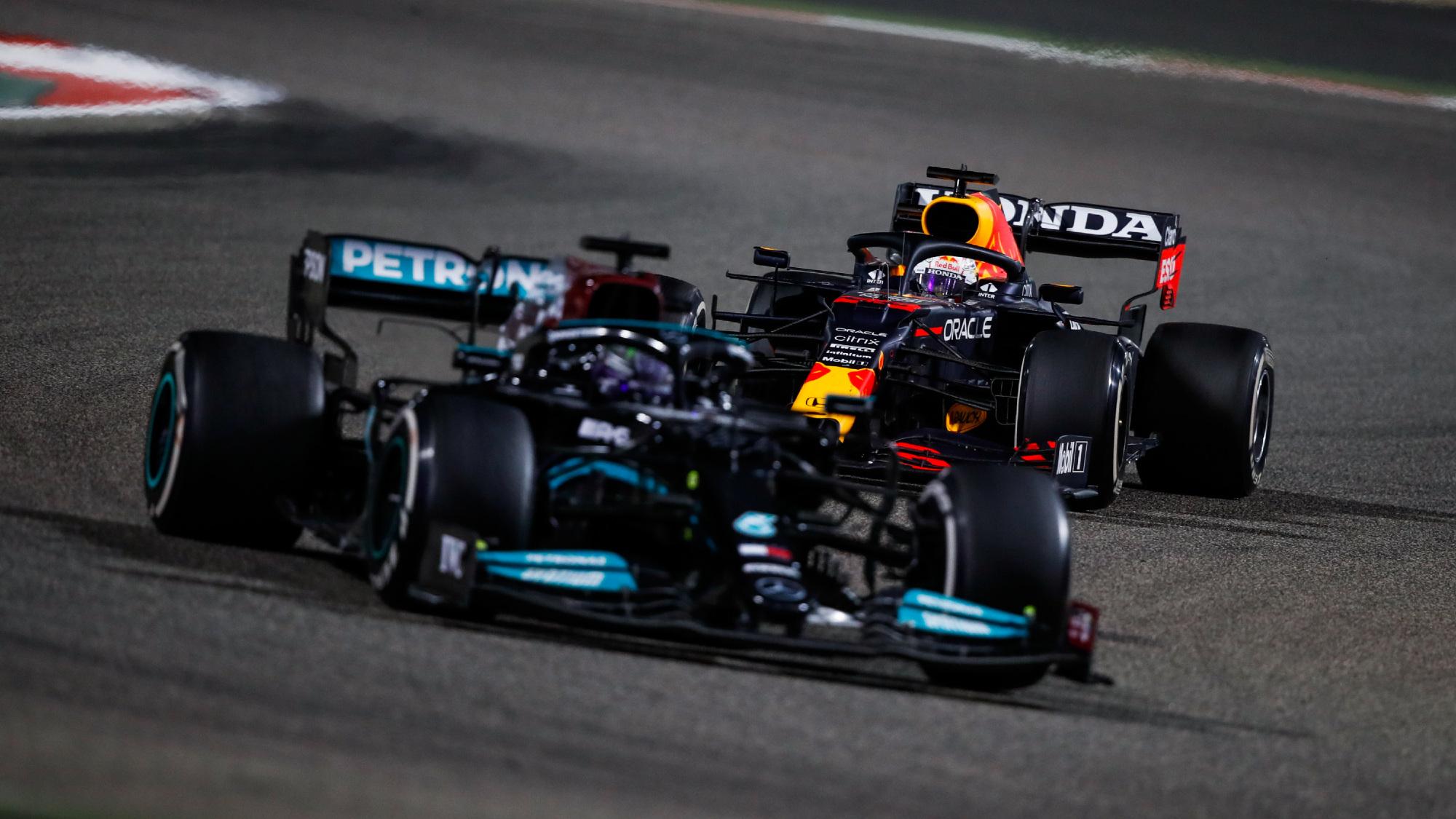 Lewis Hamilton, Max Verstappen 2021 Bahrain GP