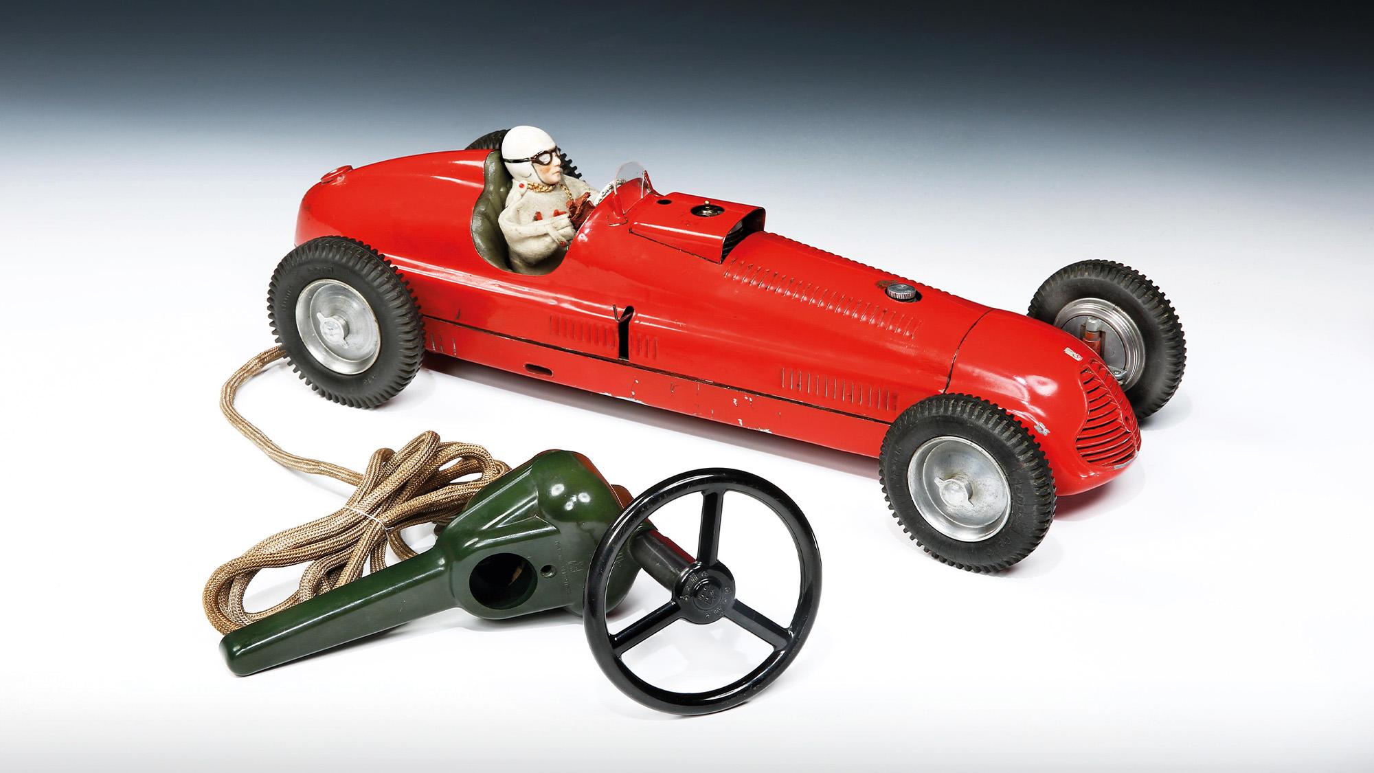 Steerable petrol racer