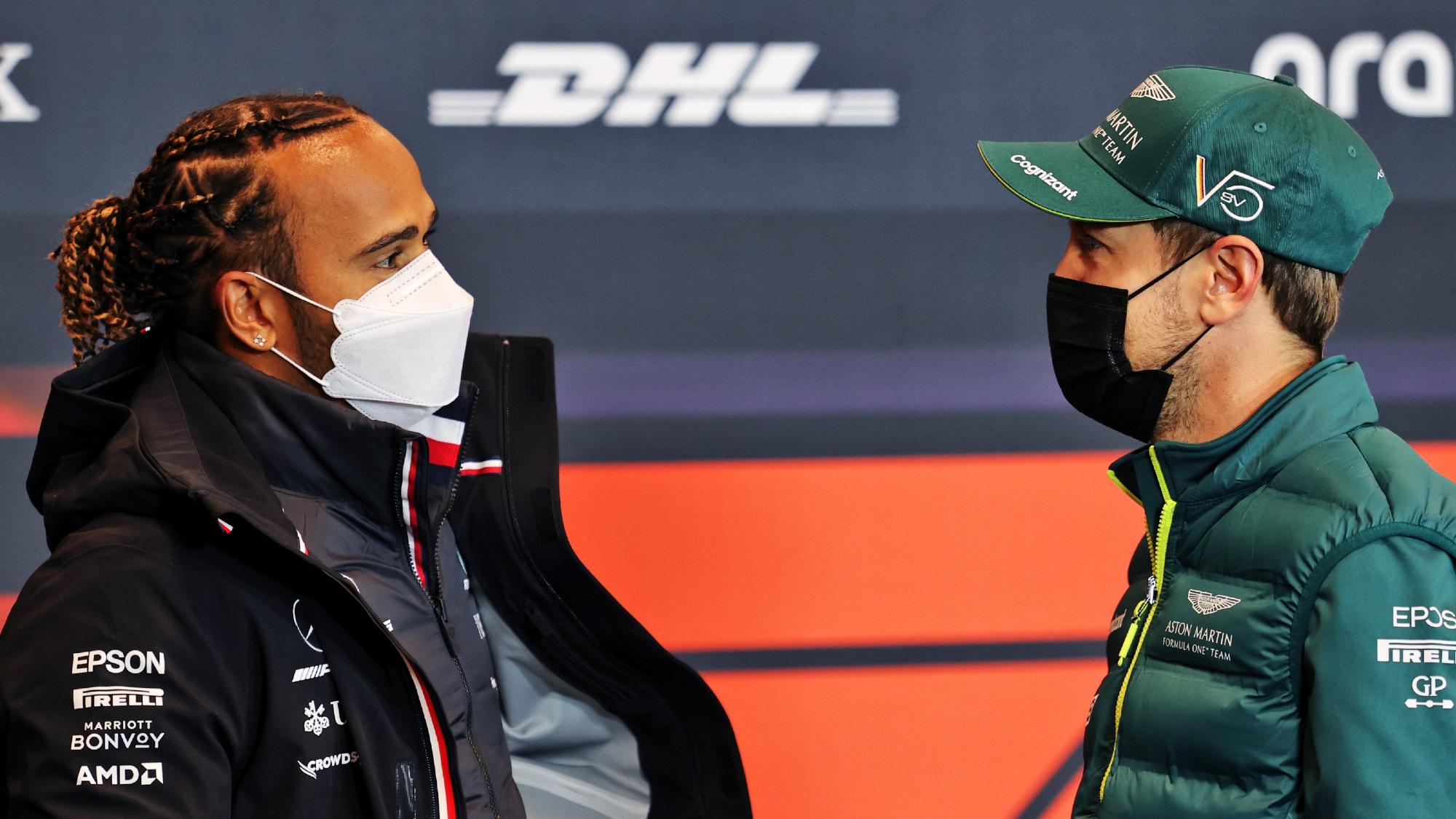 Lewis Hamilton, Sebastian Vettel, 2021 Emilia Romagna GP