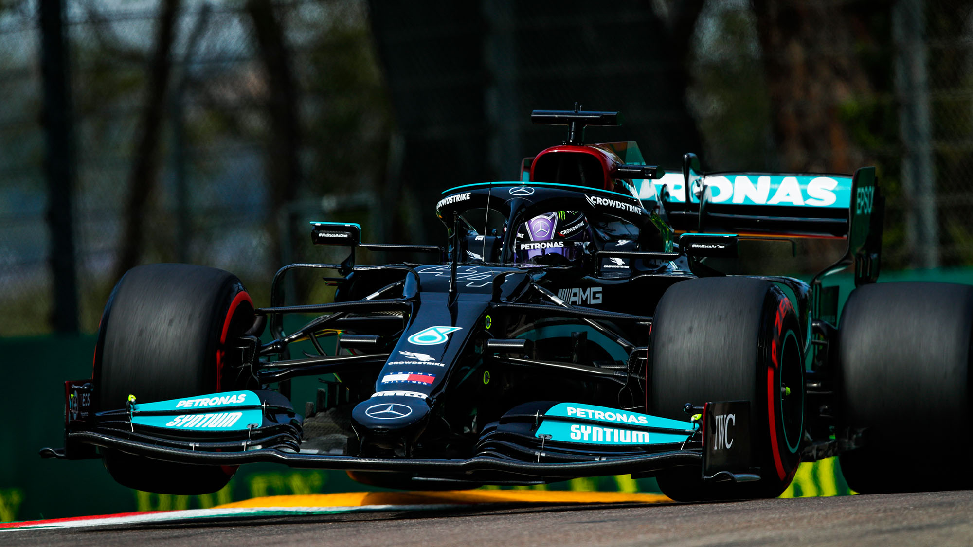 Hamilton on pole ahead of Perez in 2021 Emilia Romagna GP qualifying