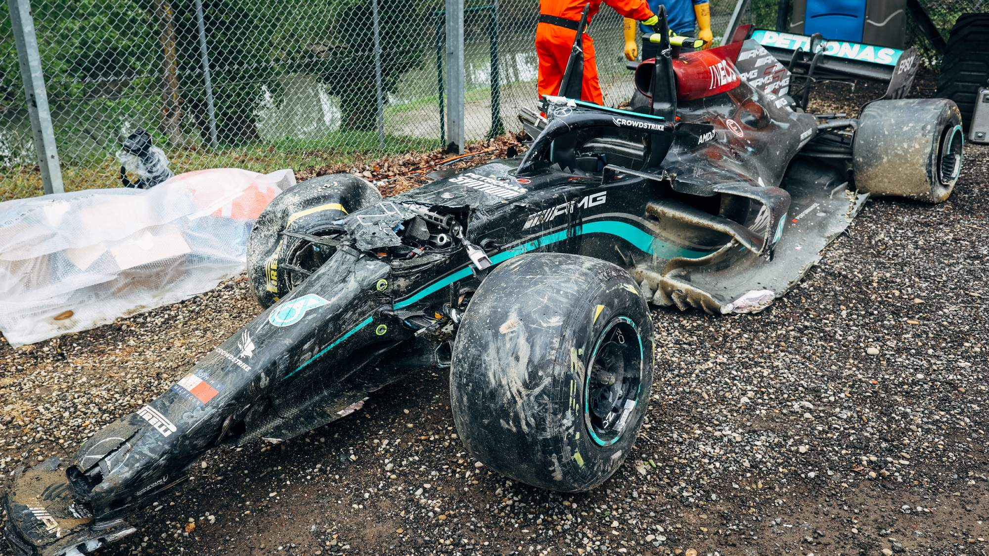 Mercedes working to salvage Bottas's engine after 30G Imola crash