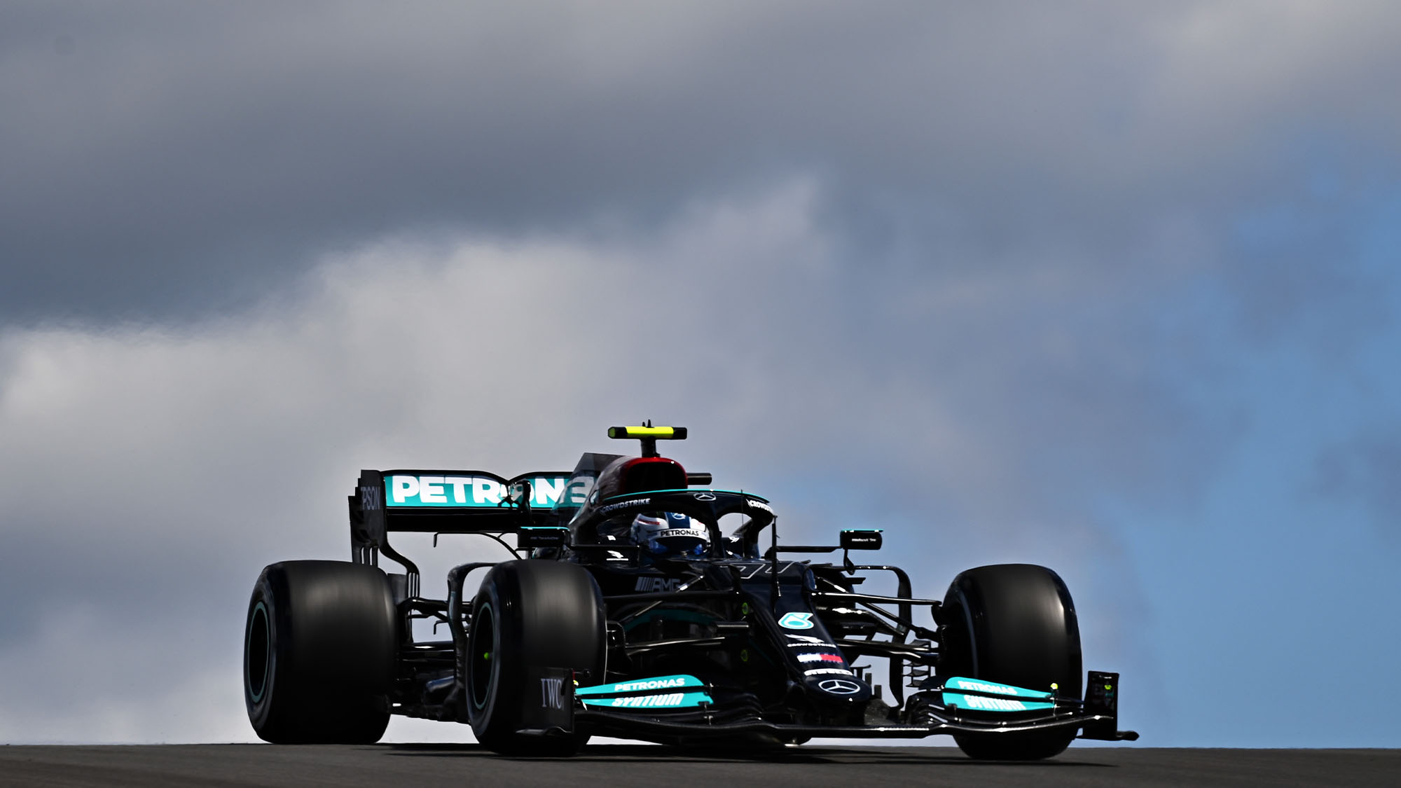 PORTIMAO, PORTUGAL - APRIL 30: Valtteri Bottas of Finland driving the (77) Mercedes AMG Petronas F1 Team Mercedes W12 during practice ahead of the F1 Grand Prix of Portugal at Autodromo Internacional Do Algarve on April 30, 2021 in Portimao, Portugal. (Photo by Clive Mason - Formula 1/Formula 1 via Getty Images)