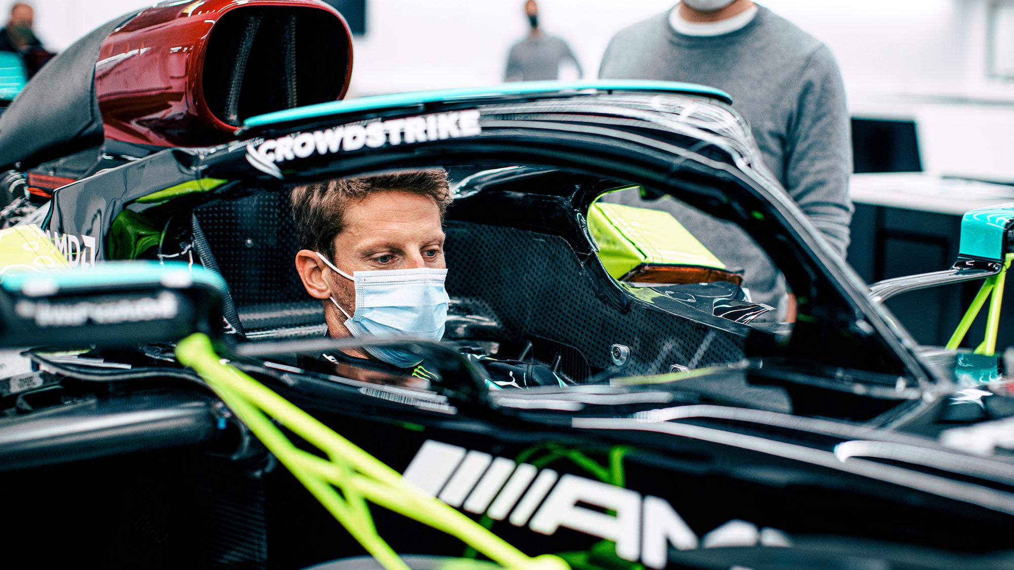 Grosjean seat fitting Mercedes