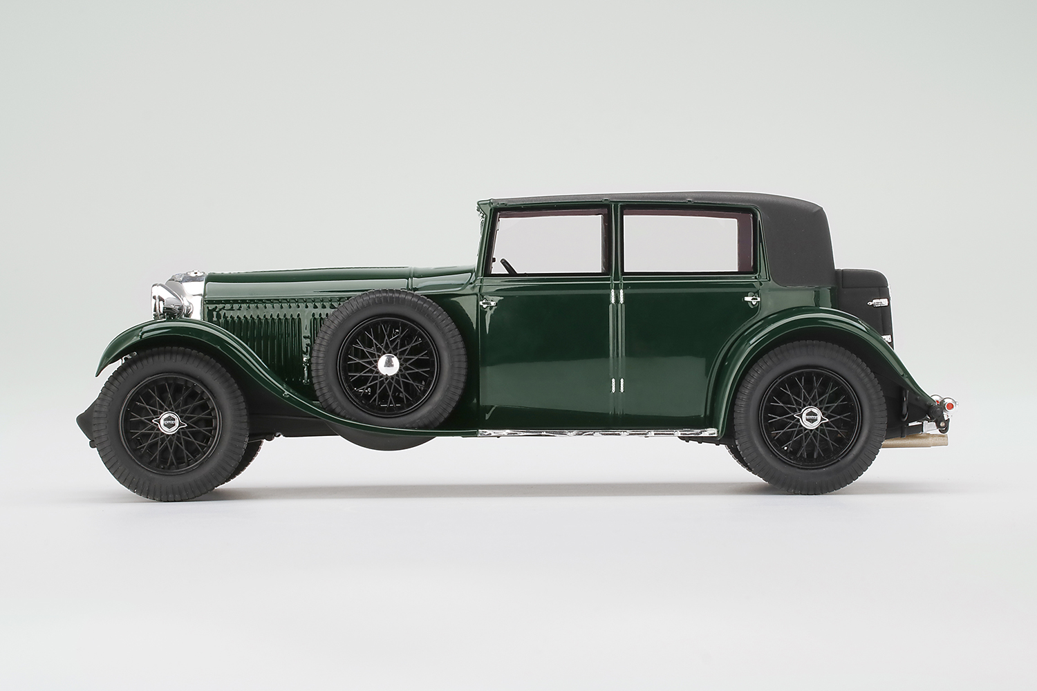 Product image for Bentley 8 Litre 1930 | Green | 1/18