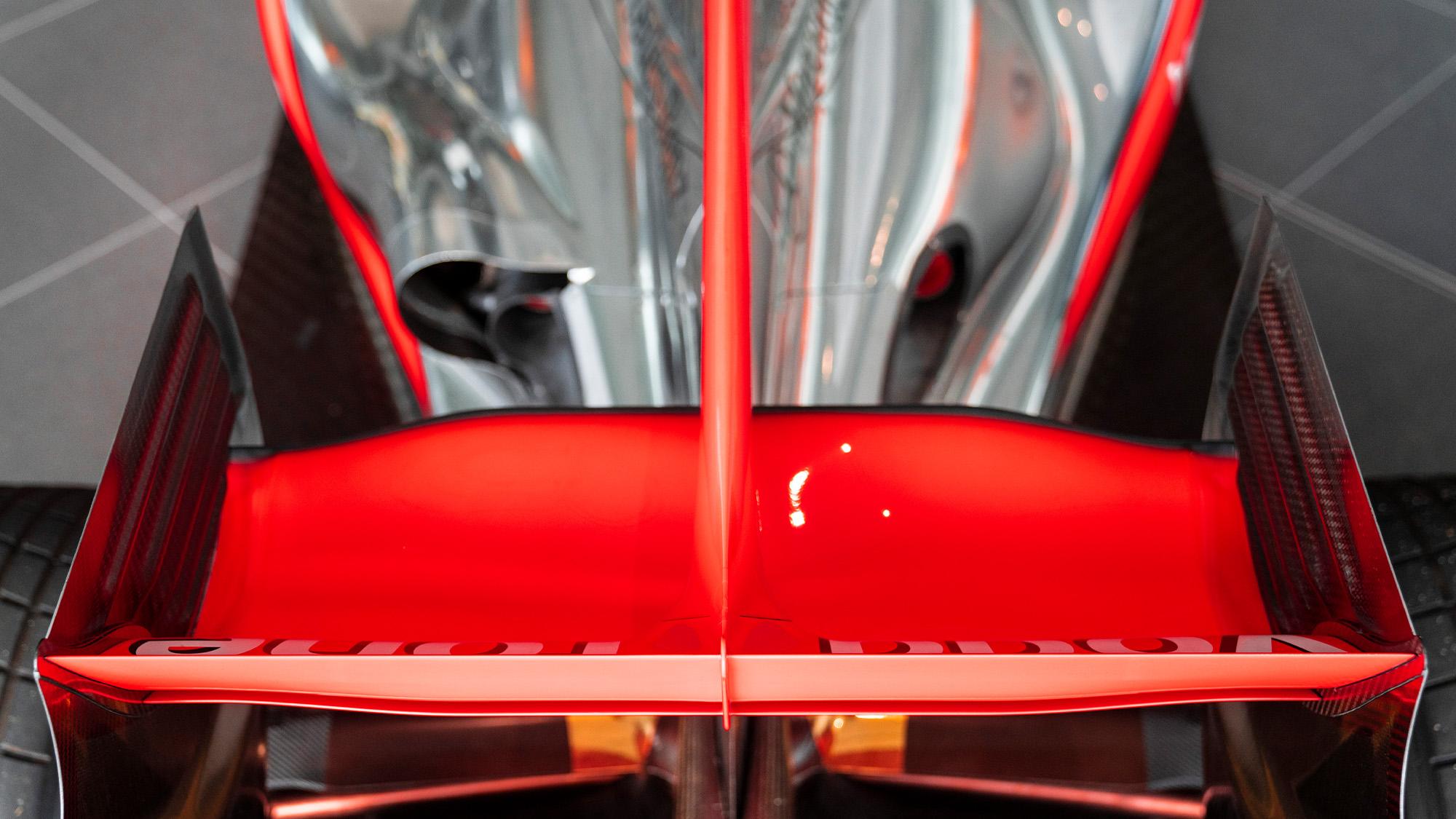 Lewis Hamilton McLaren MP4-25 for auction rear wing