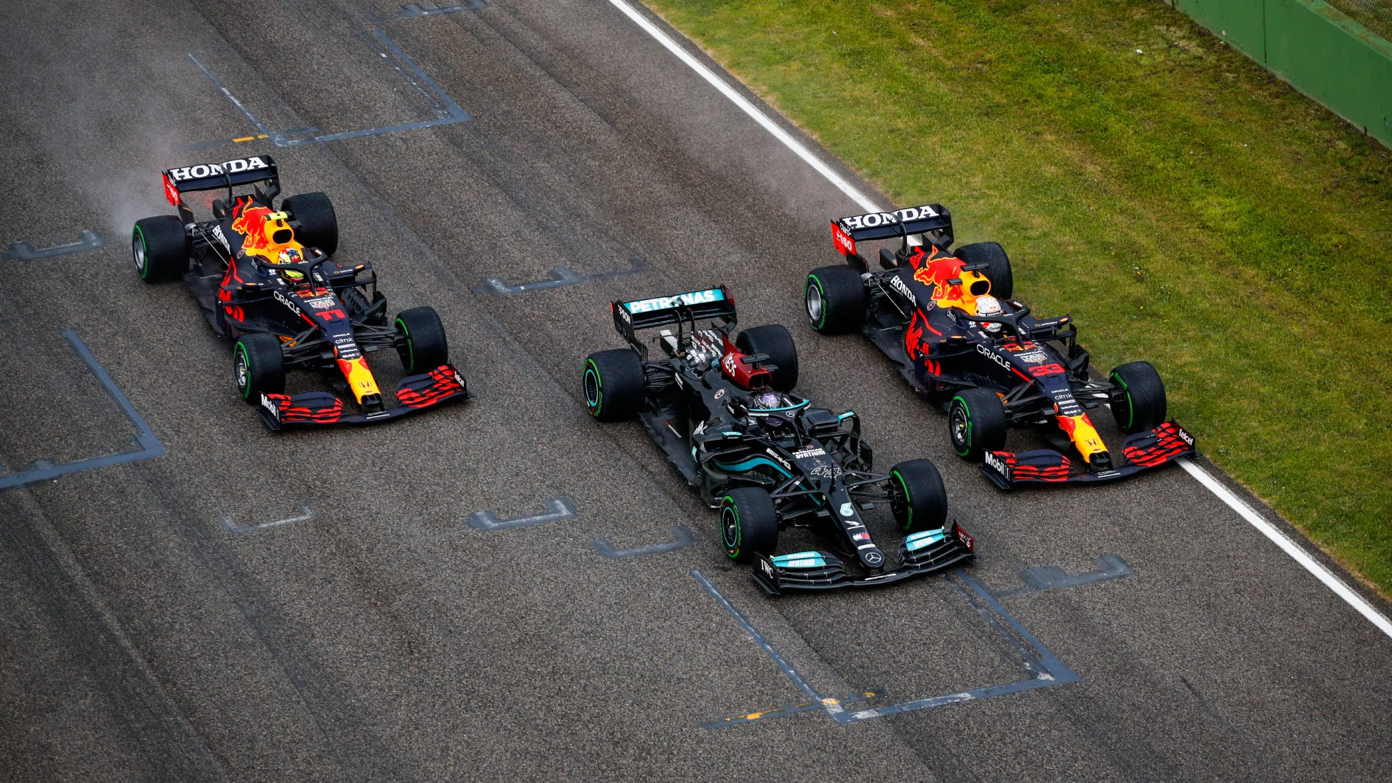 2021 Emilia Romagna GP race start