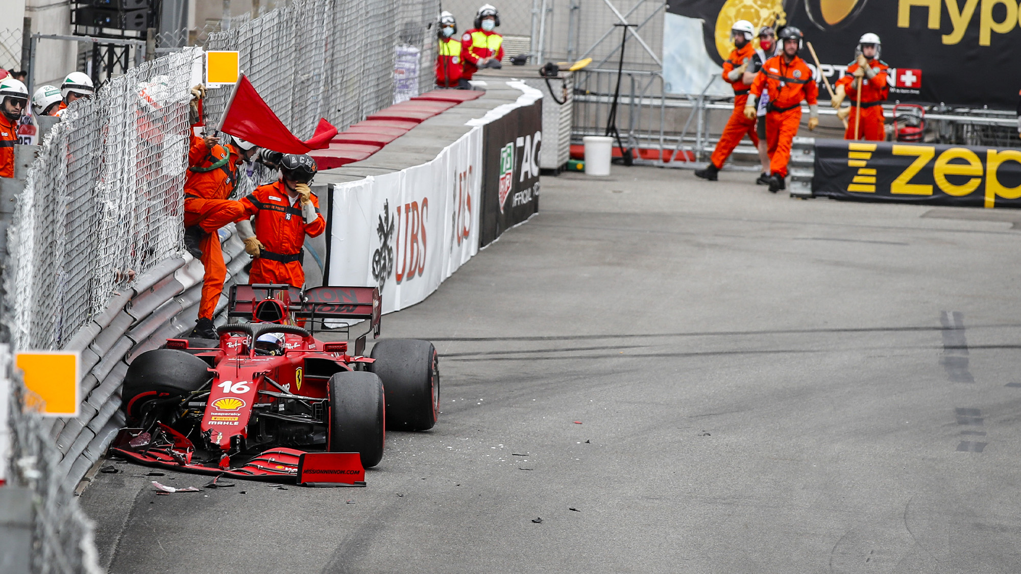 charles leclerc crashes in qualifying for the 2021 f1 monaco grand prix - front