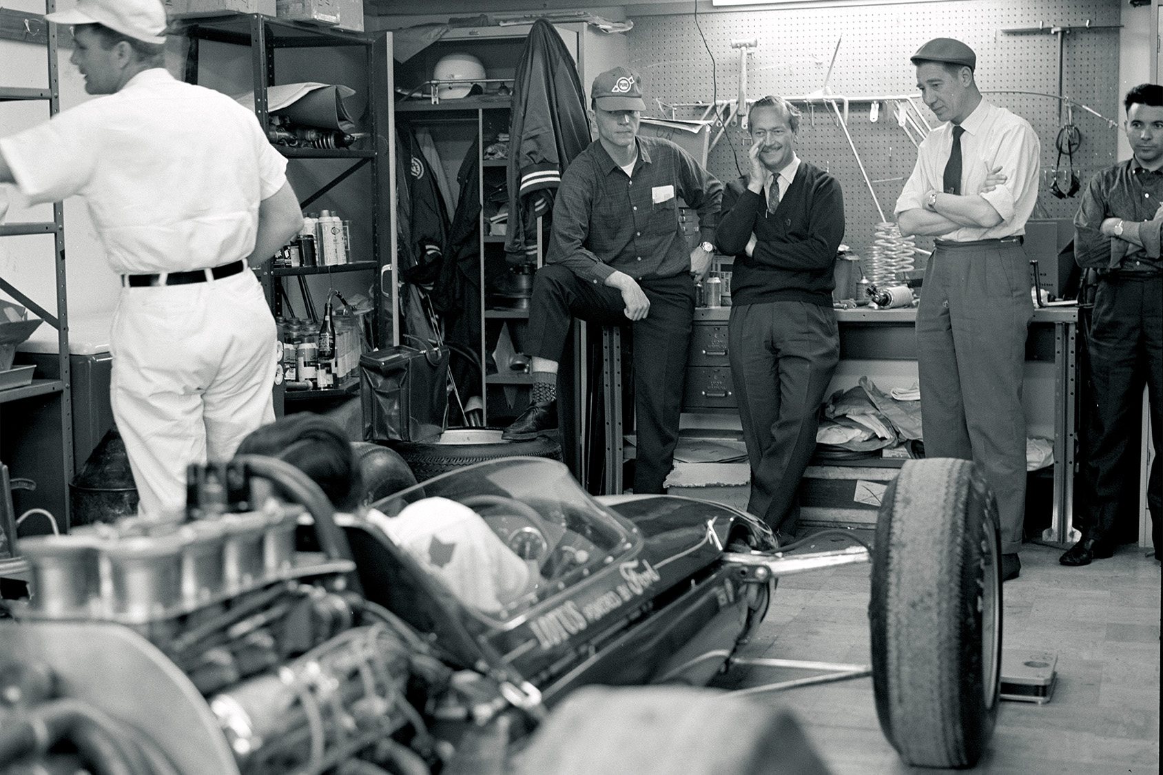 Dan Gurney with Colin Chapman at the 1963 indy 500