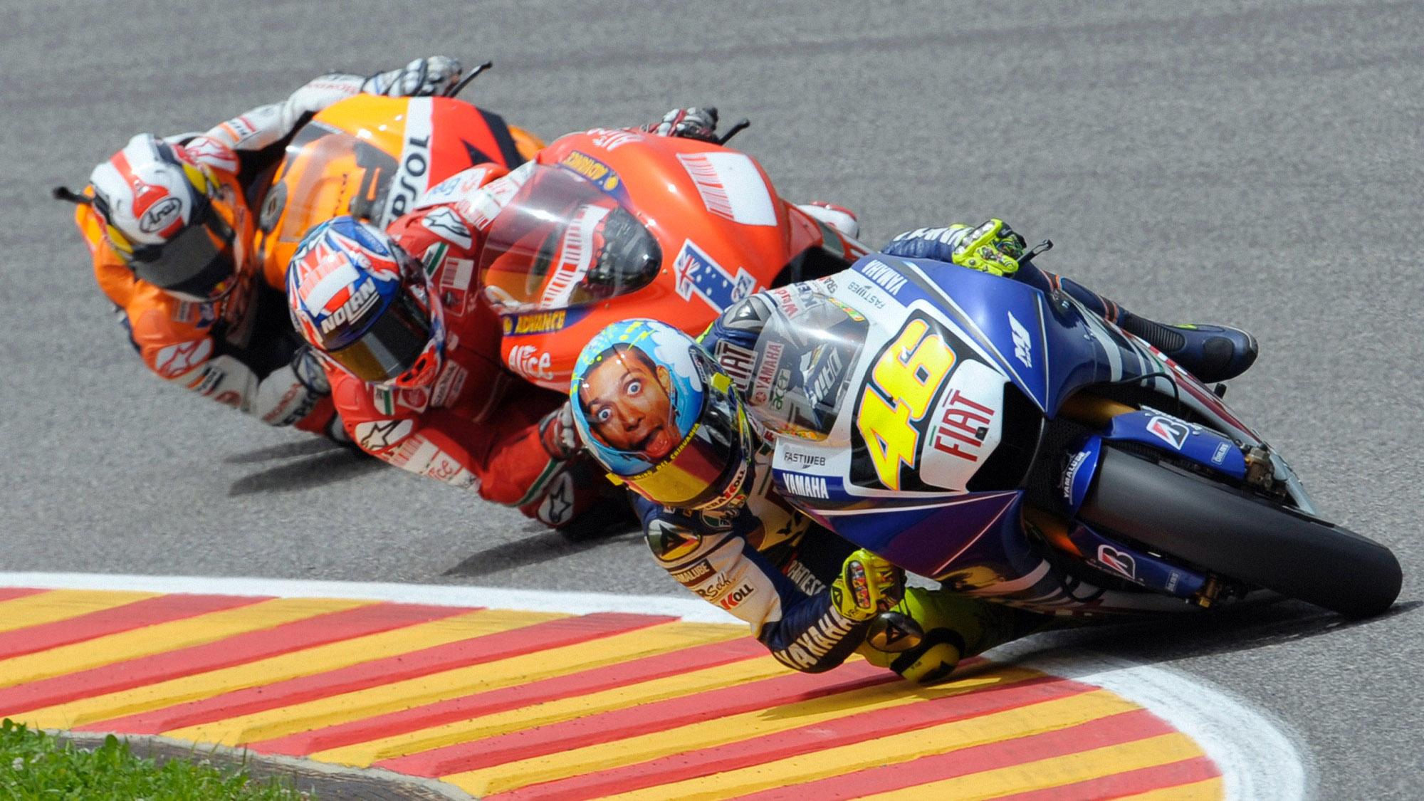 Valentino Rossi leads at the 2008 MotoGP Italian Grand Prix at Mugello