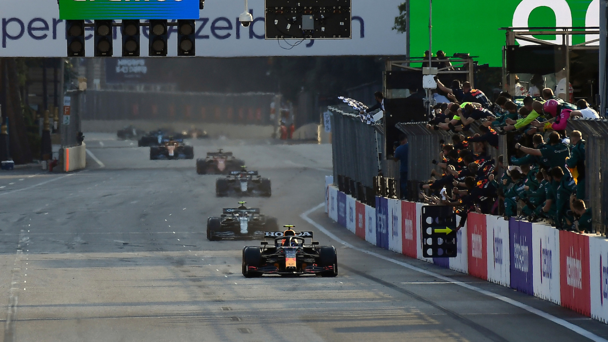 Near misses and bad switches: 2021 Azerbaijan Grand Prix what you missed