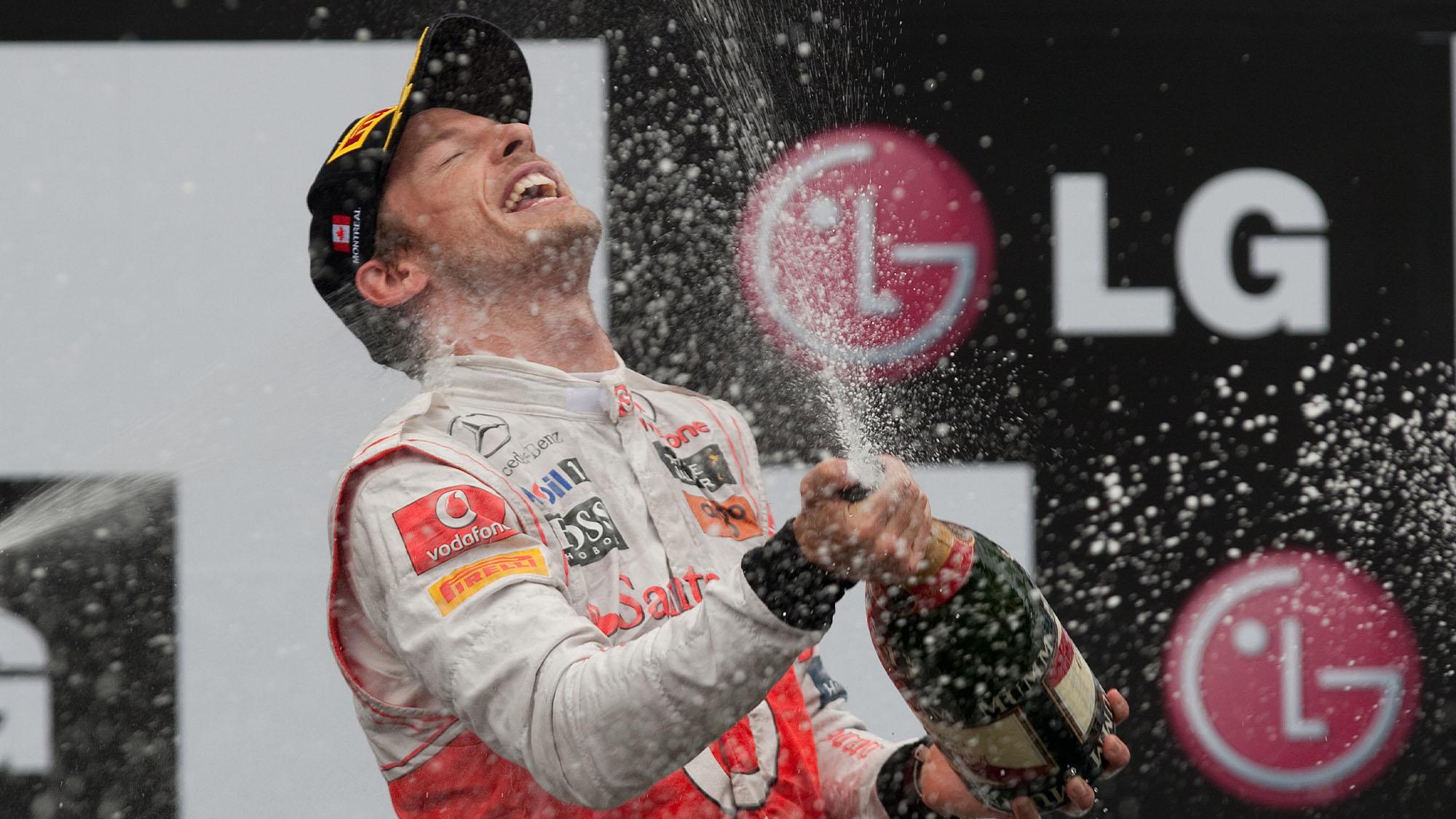 Button podium 2011 Canada