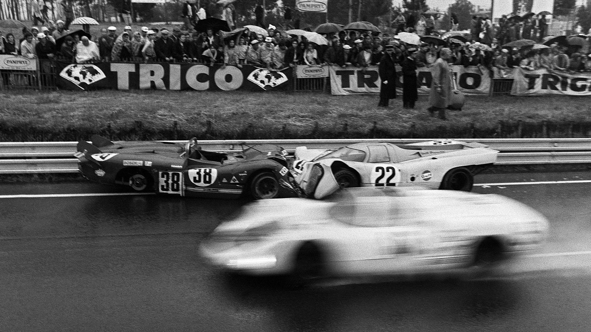 Mike Hailwood Porsche 917K craached at Le Mans 1970