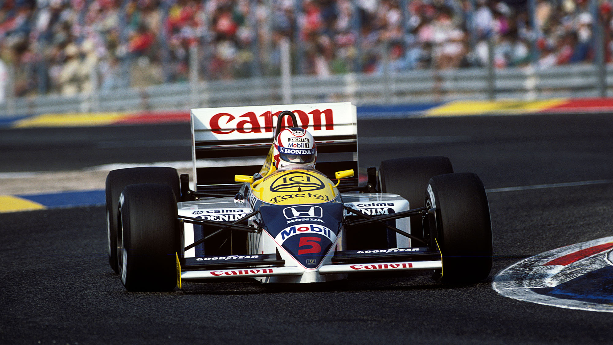 Nigel Mansell, Williams-Honda FW11, Grand Prix of France, Circuit Paul Ricard, 06 July 1986. (Photo by Paul-Henri Cahier/Getty Images)