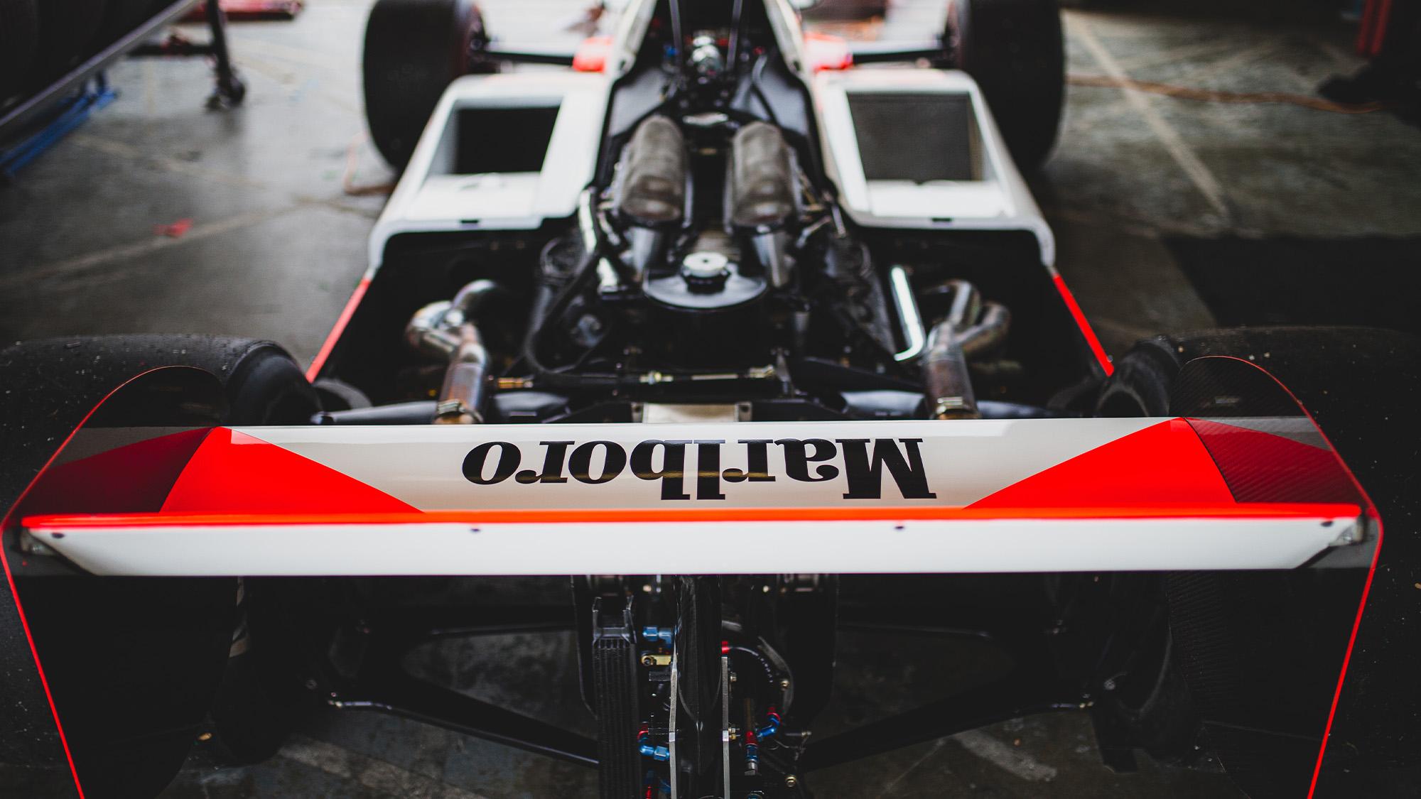 Steve Hartley McLaren MP4-1 at Brands Hatch 2021 - rear wing