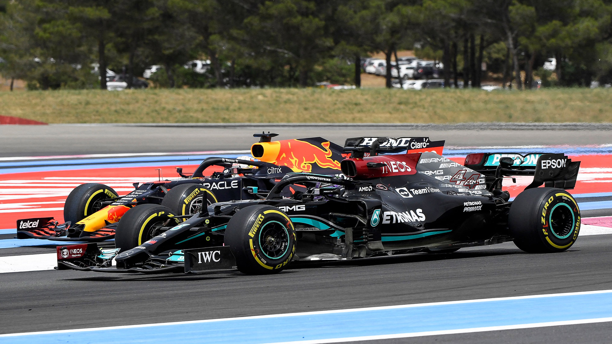 Lewis Hamilton passes Max Verstappen at the start of the 2021 French Grand Prix