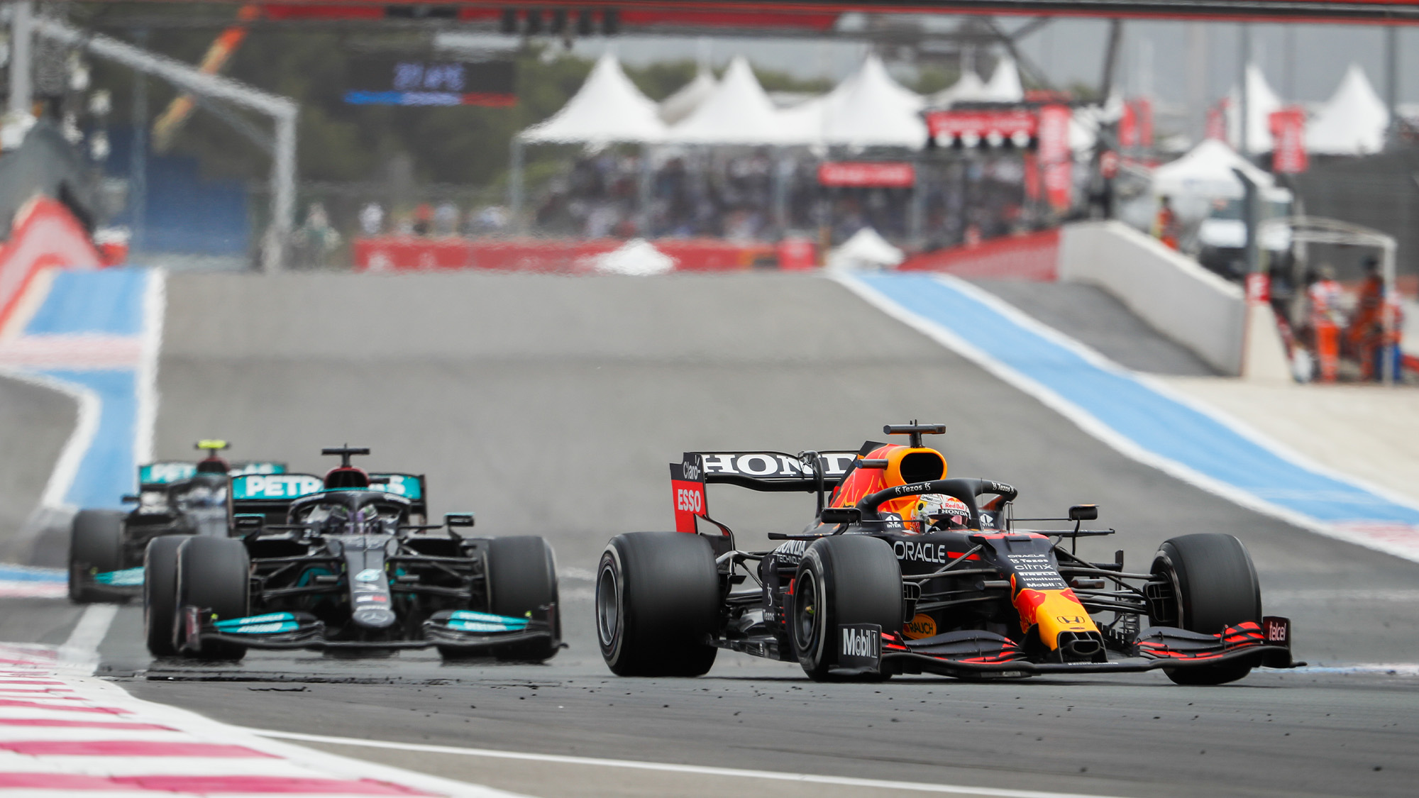 Max Verstappen leads Lewis Hamilton in the 2021 French Grand Prix