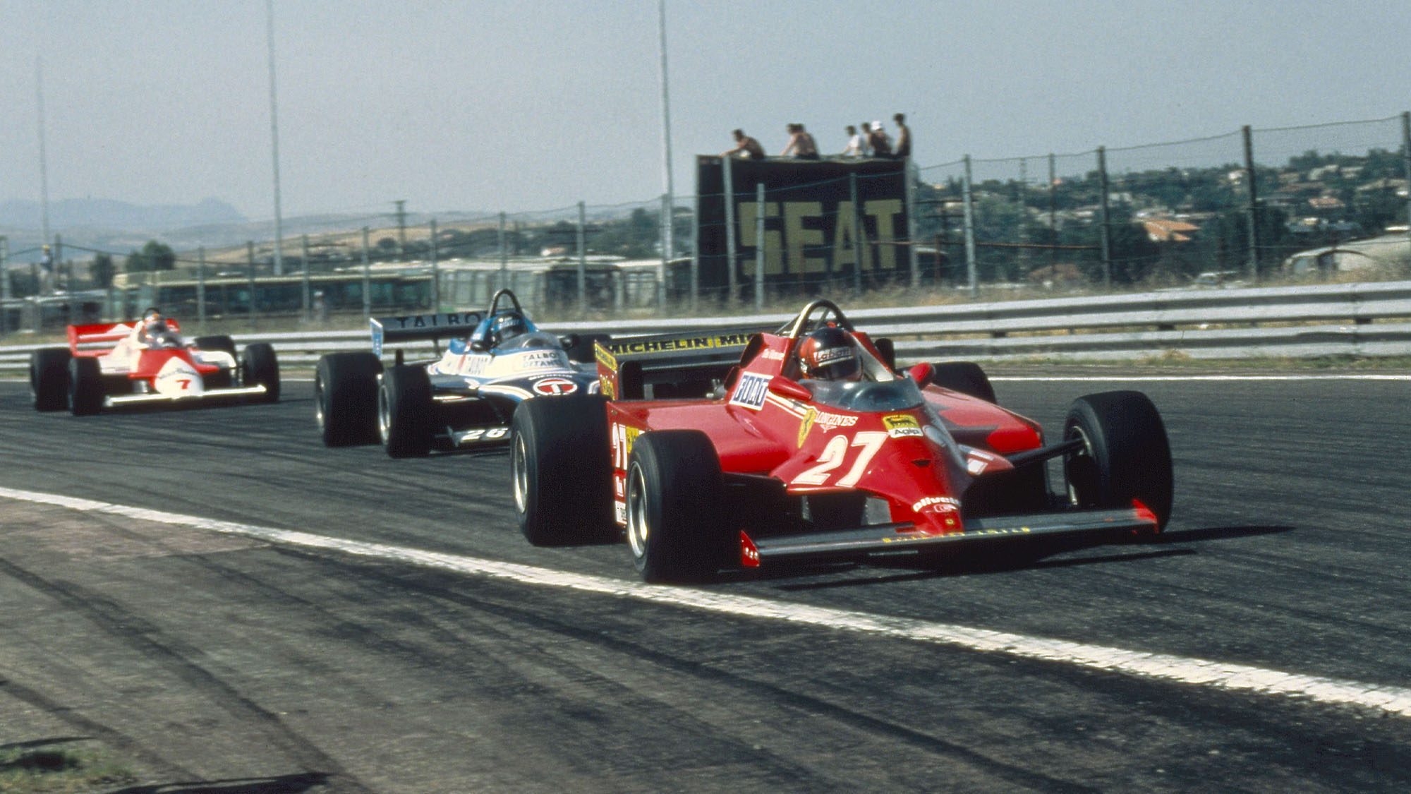 MOTORSPORT - F1 1981 - SPAIN GP - JARAMA - PHOTO: DPPI GILLES VILLENEUVE (CAN) / FERRARI 126CK - ACTION - WINNER
