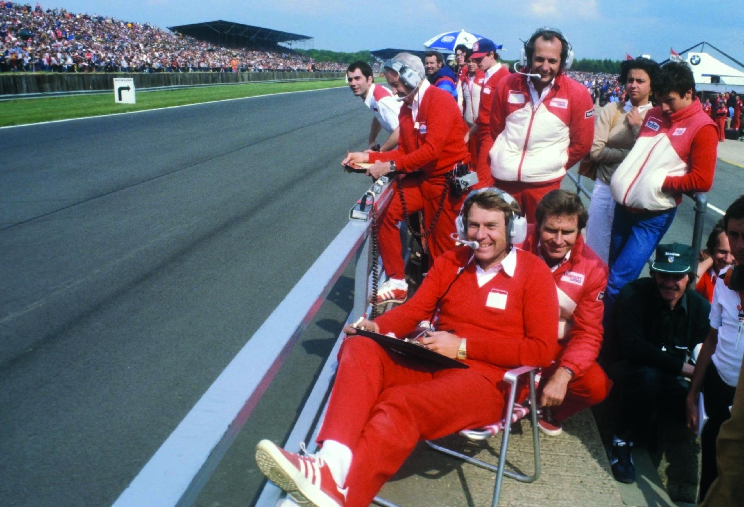 McLaren-crew-at-the-1981-British-Grand-Prix